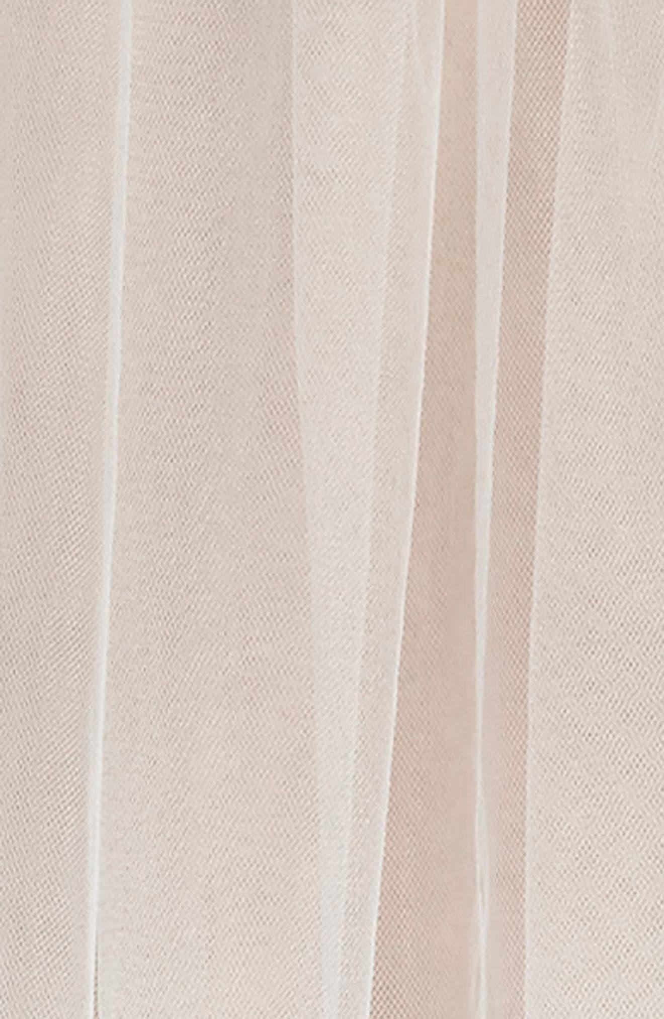 Alternate Image 2  - Toni Federici Luxe Pencil Trim Fingertip Veil
