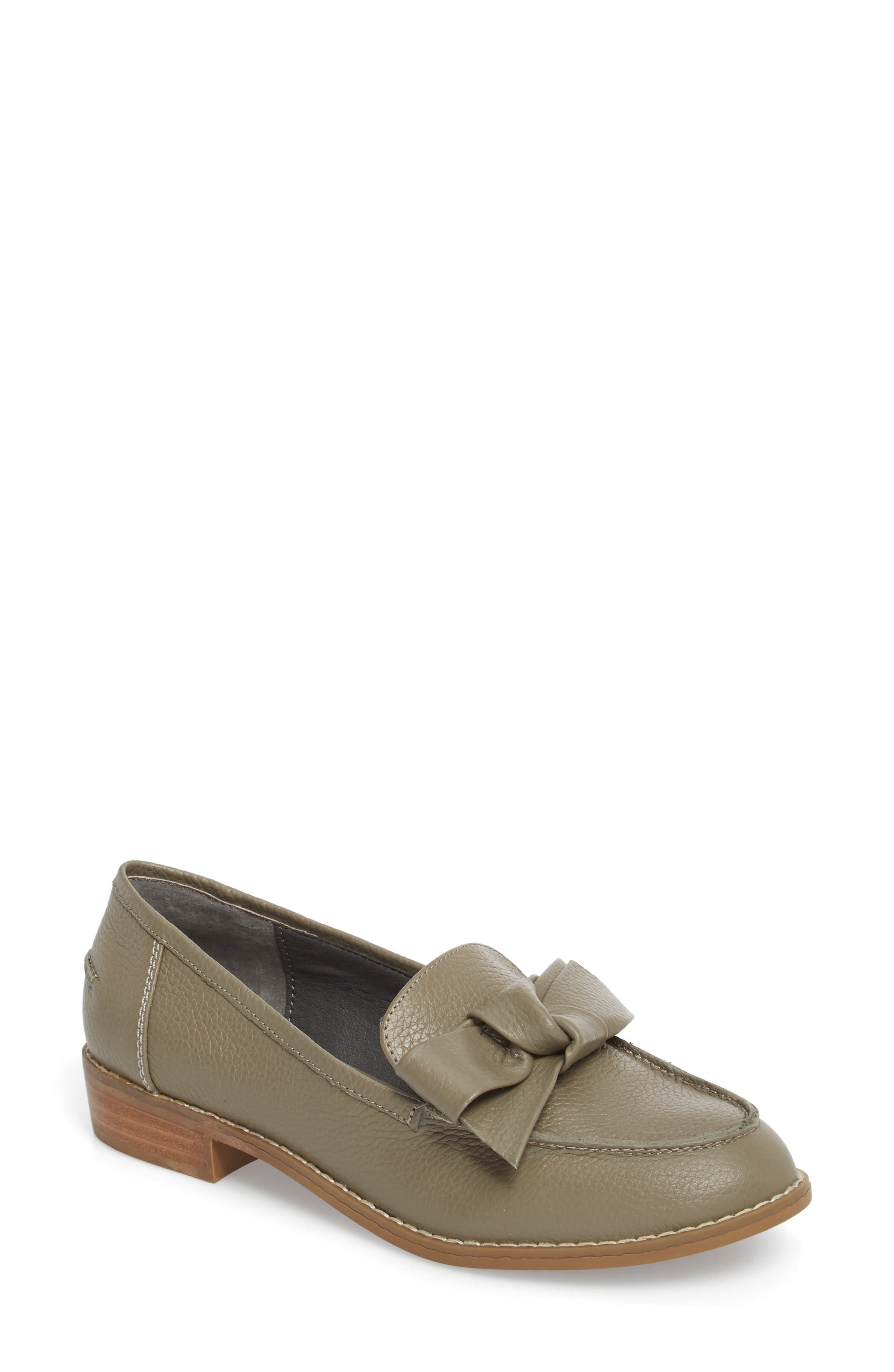 Very Volatile Beaux Loafer (Women)