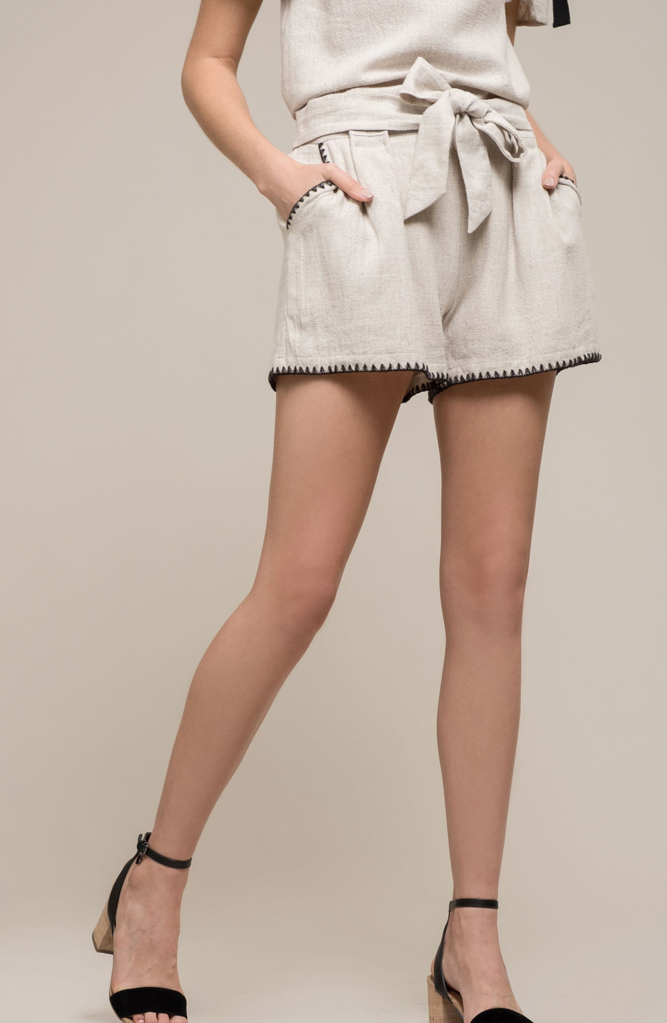 Alternate Image 2  - MOON RIVER Pleat Blanket Stitch Shorts