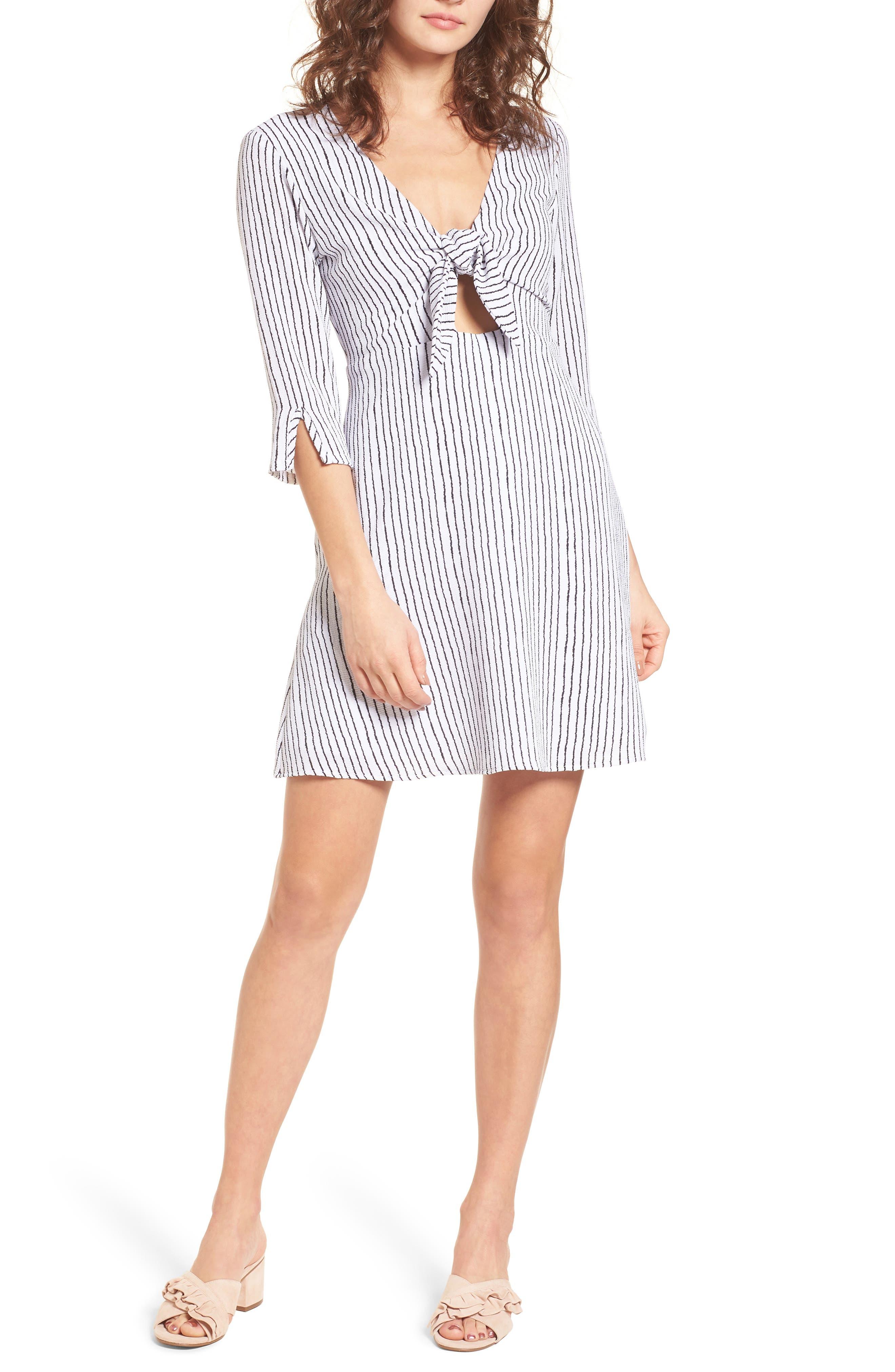 Mima Chica Tie Front Minidress