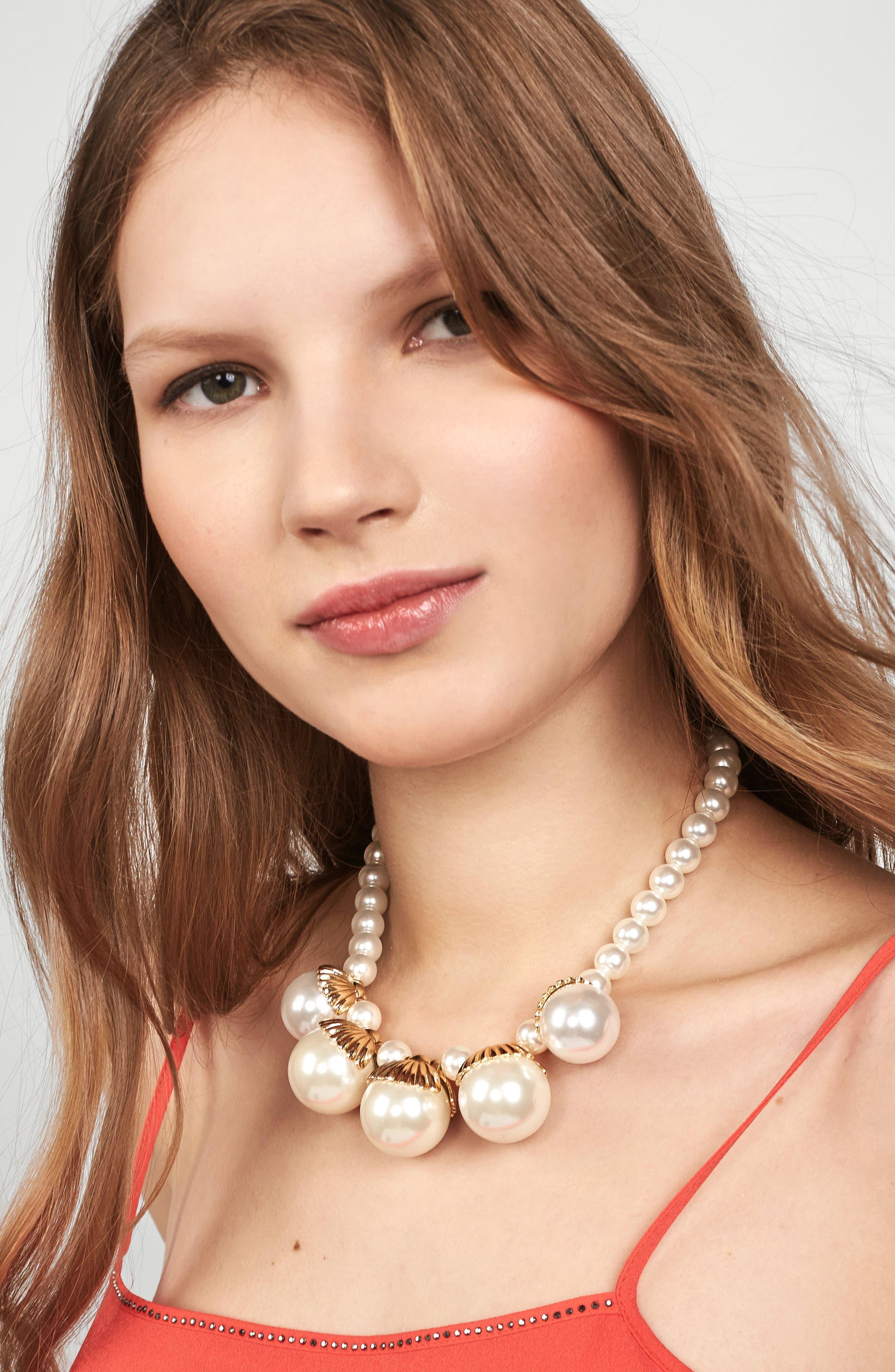 Aurelia Imitation Pearl Statement Necklace,                             Alternate thumbnail 3, color,                             Pearl