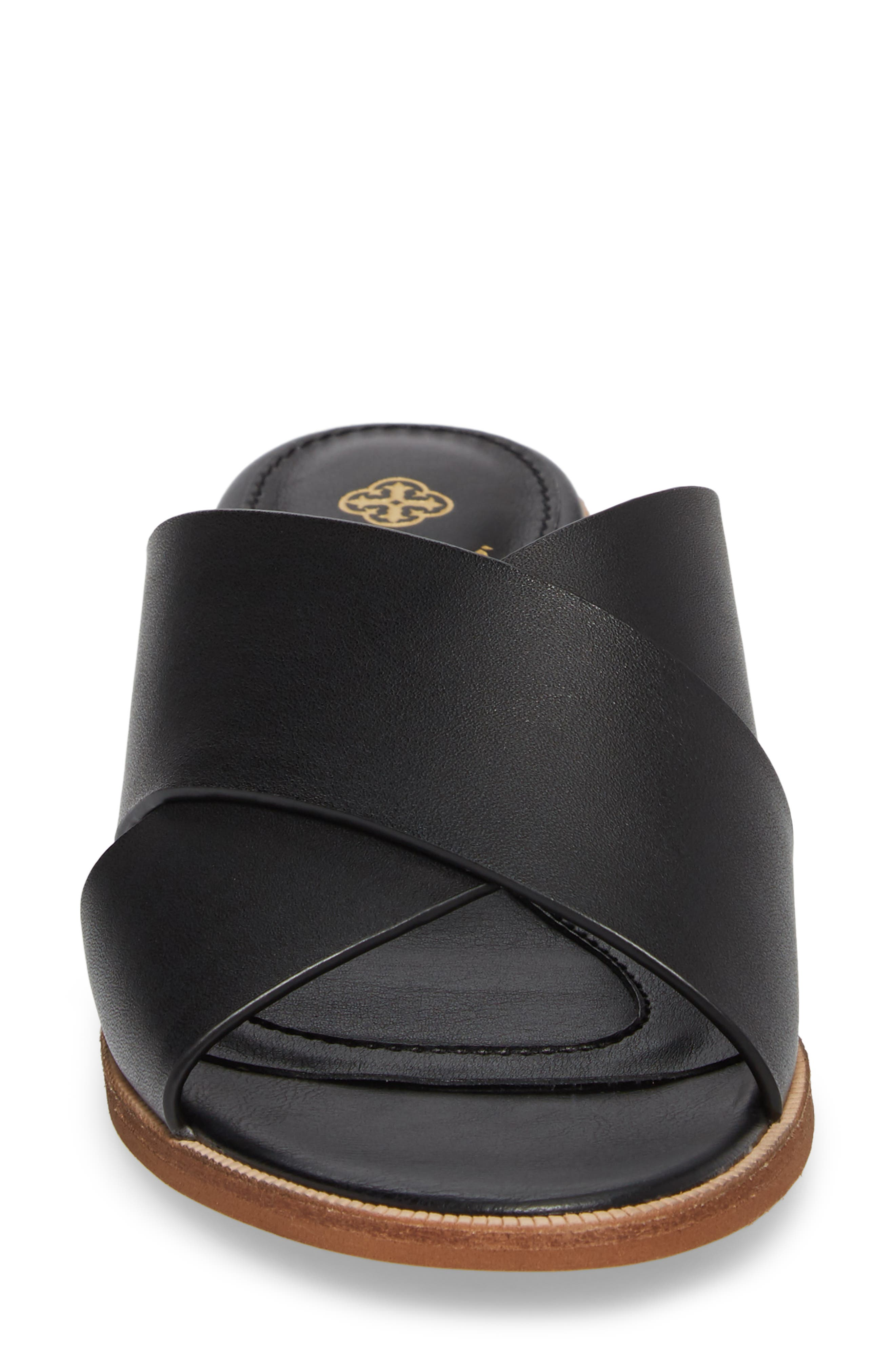 Isola Ginata Slide Sandal,                             Alternate thumbnail 4, color,                             Black Leather