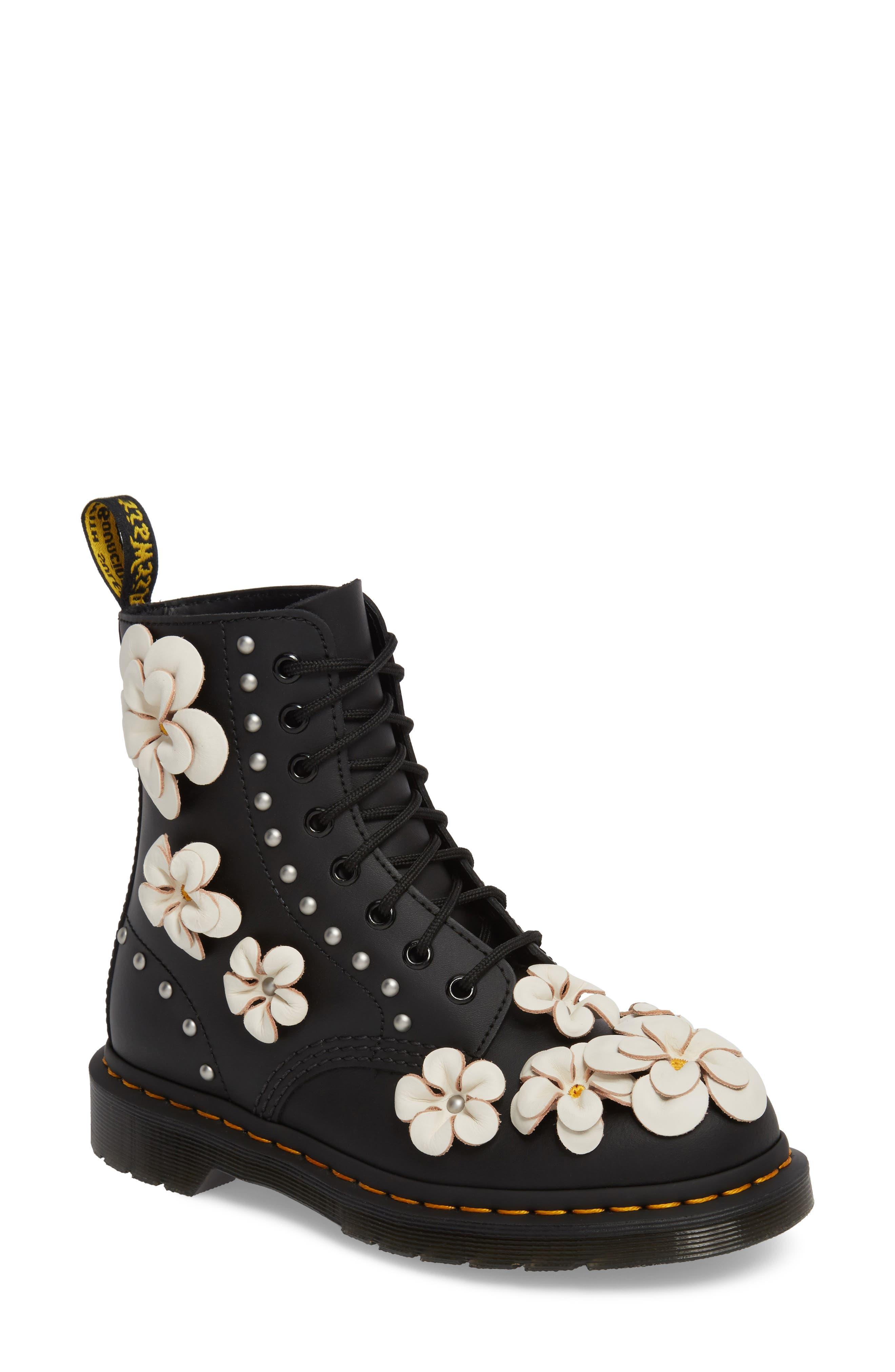 ec4b27e59fc0 Sale  Women s Boots   Booties