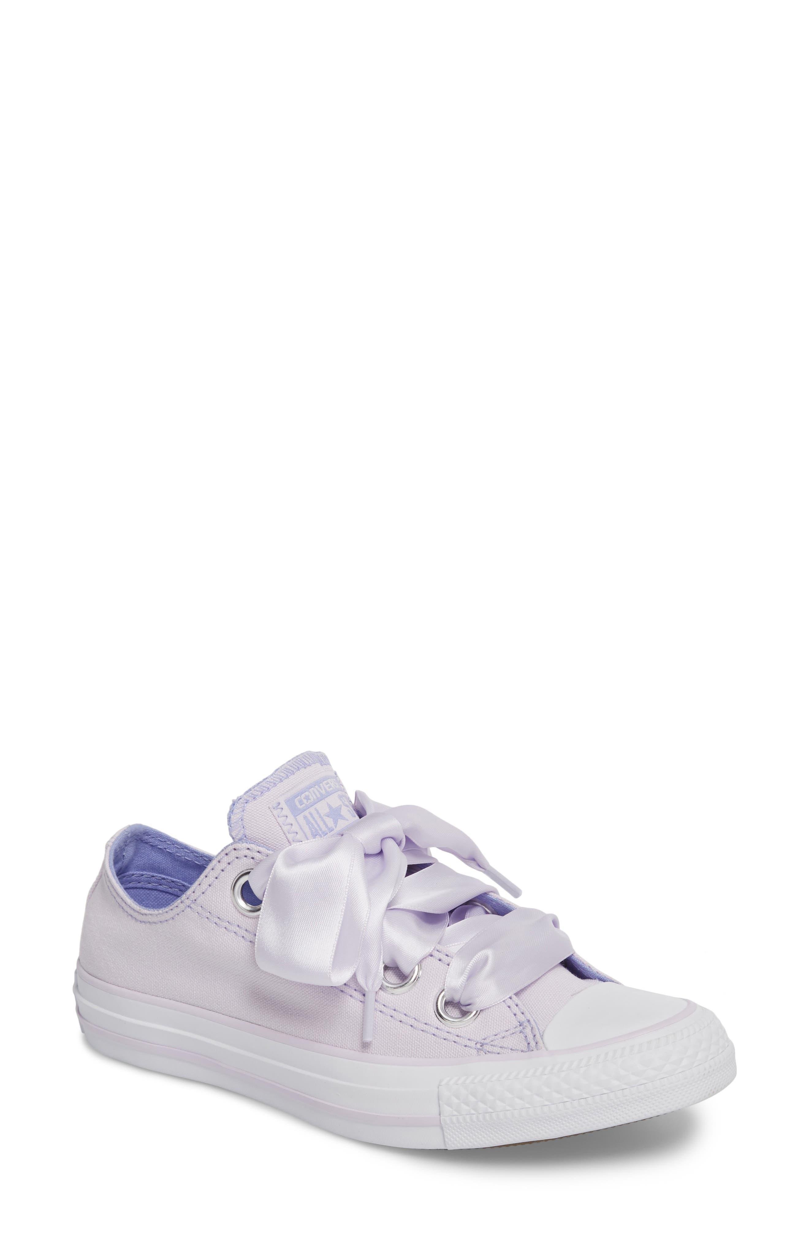 Converse Chuck Taylor® All Star® Big Eyelet Ox Sneaker (Women)