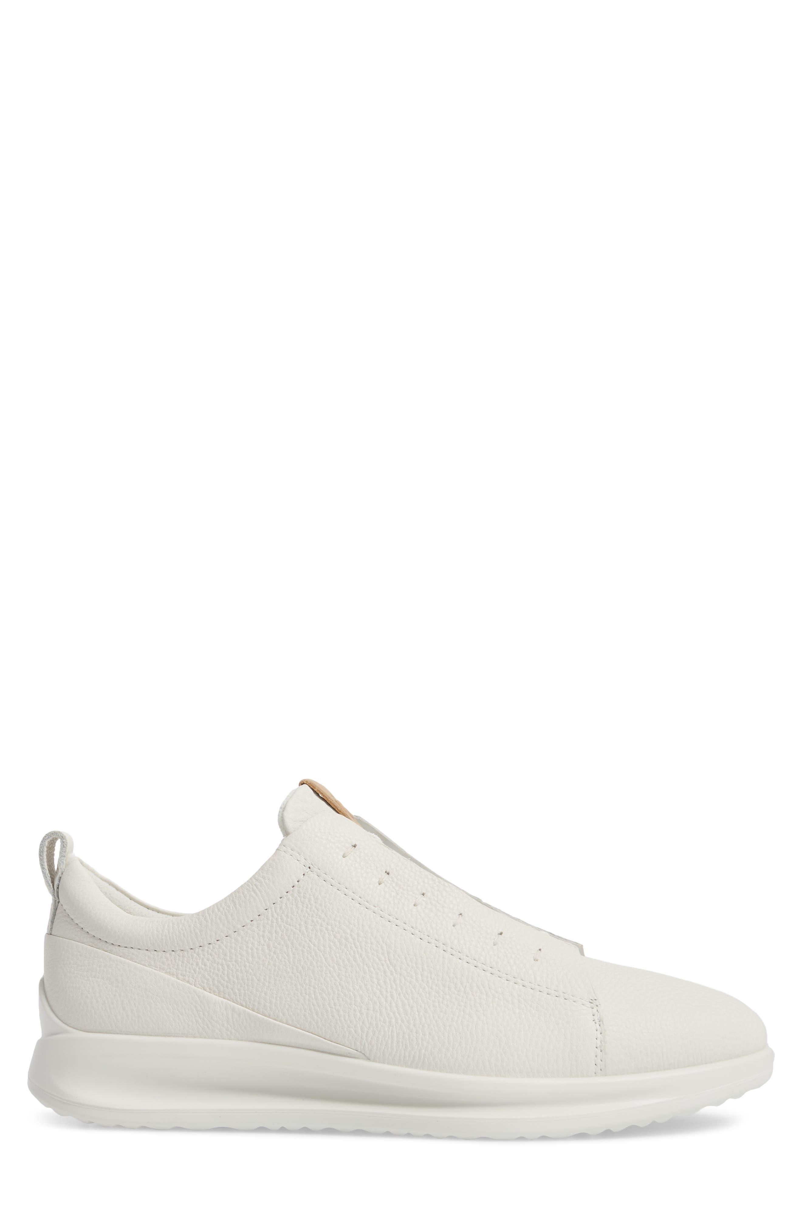 Aquet Low Top Sneaker,                             Alternate thumbnail 3, color,                             White Leather