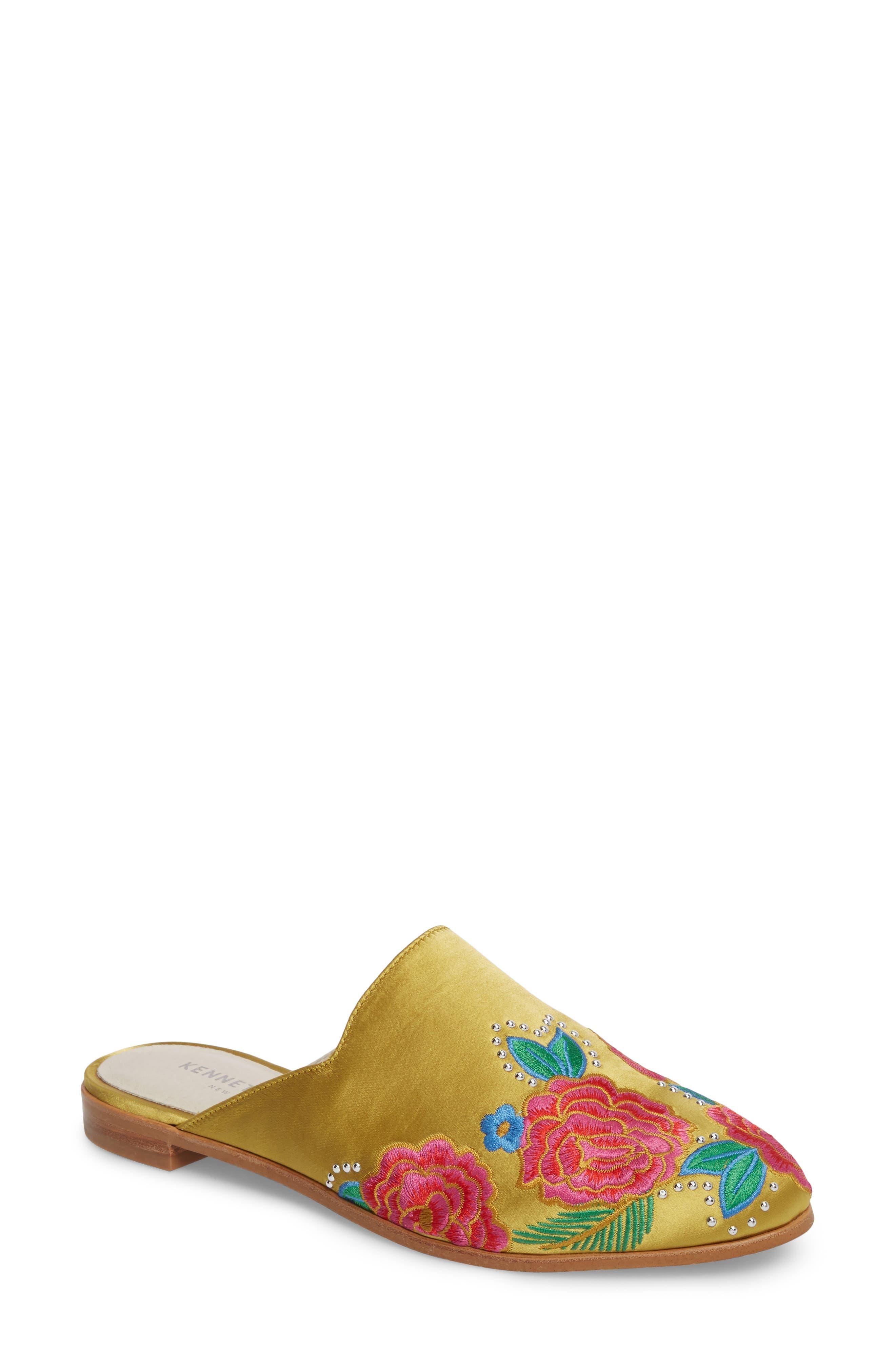 prada shoes 40\/50 firecrackers