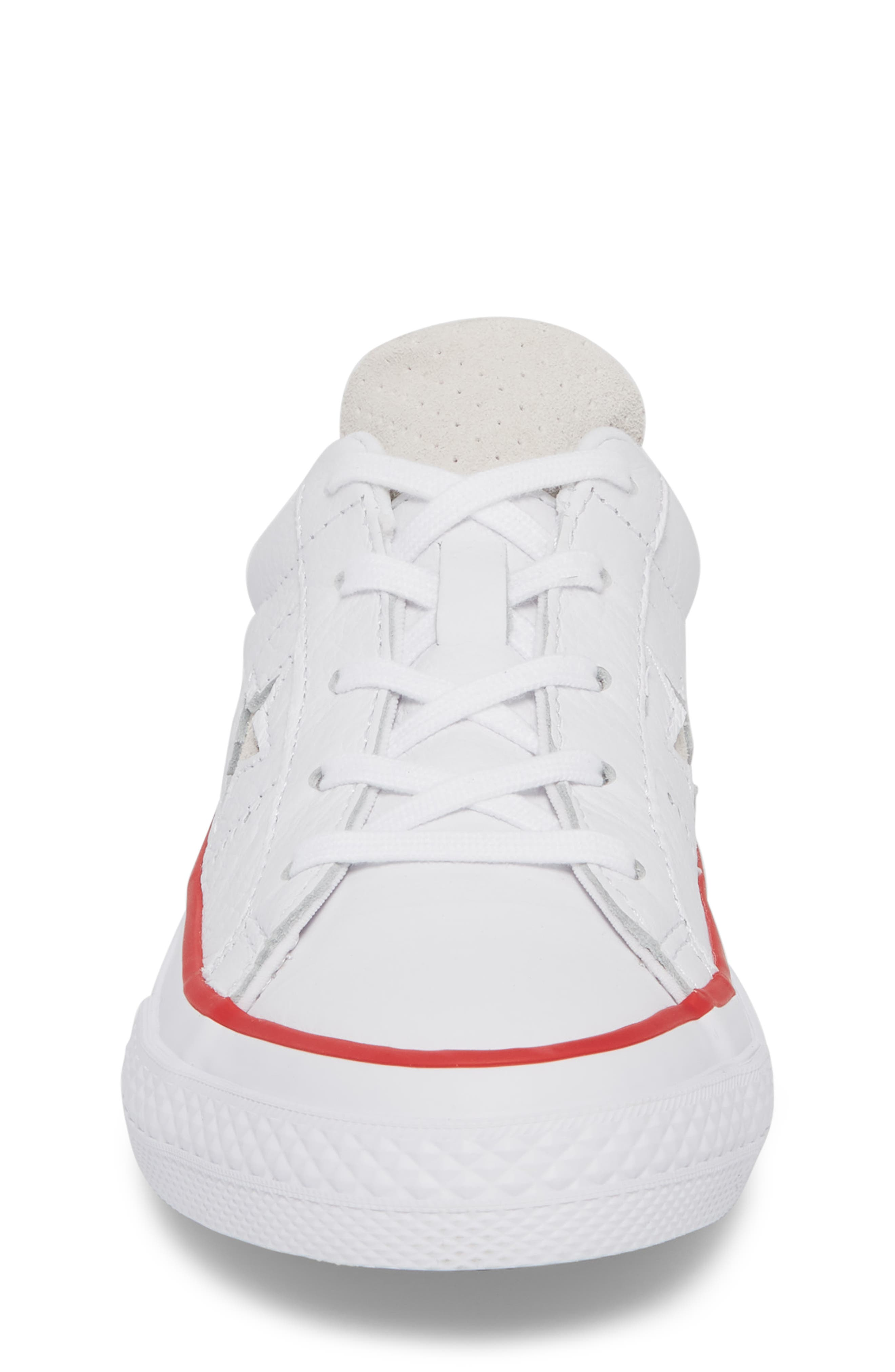 Chuck Taylor<sup>®</sup> All Star<sup>®</sup> New Heritage Oxford Sneaker,                             Alternate thumbnail 4, color,                             White
