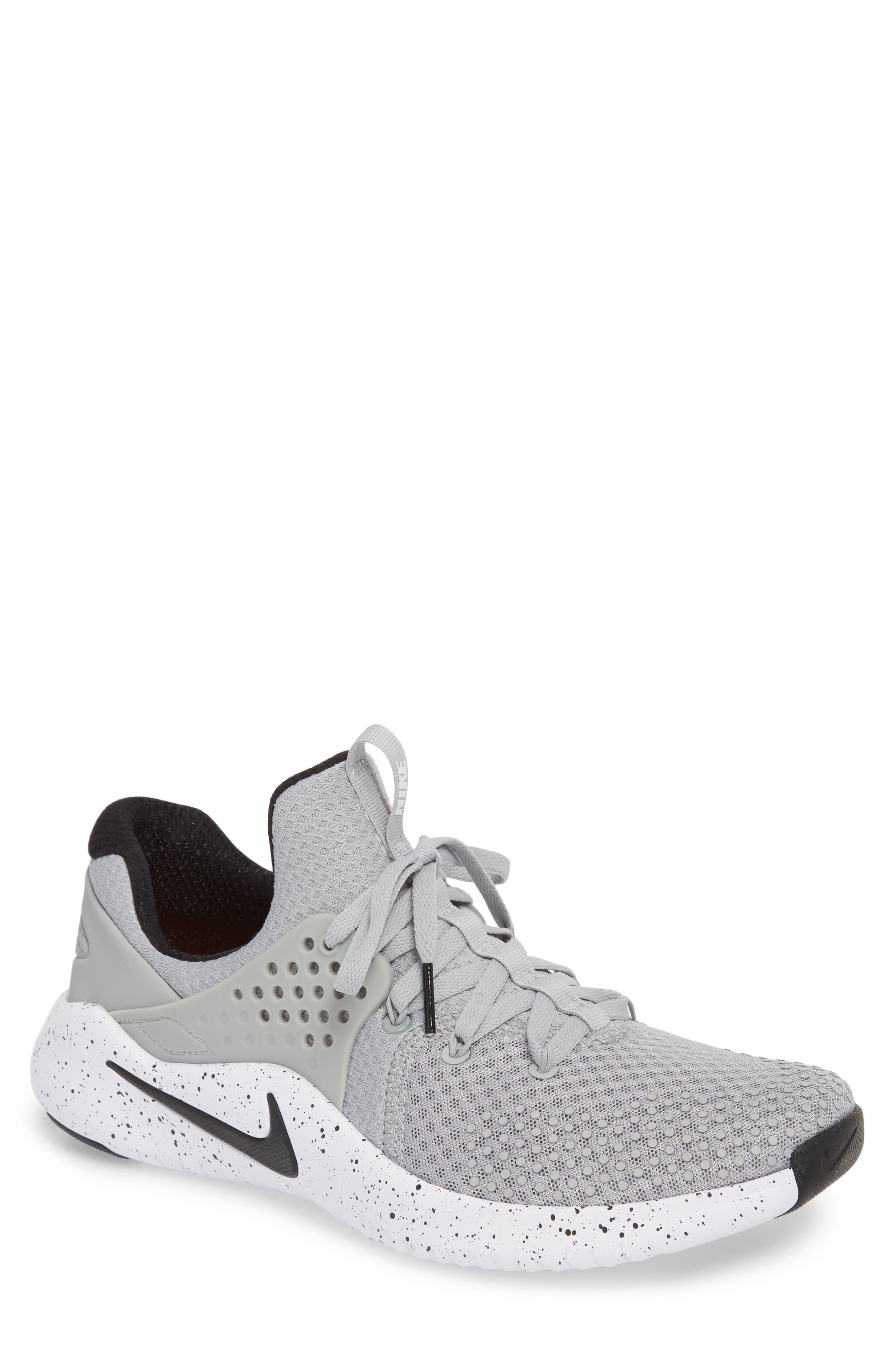 Free TR V8 Training Shoe,                         Main,                         color, Matte Silver/ Black