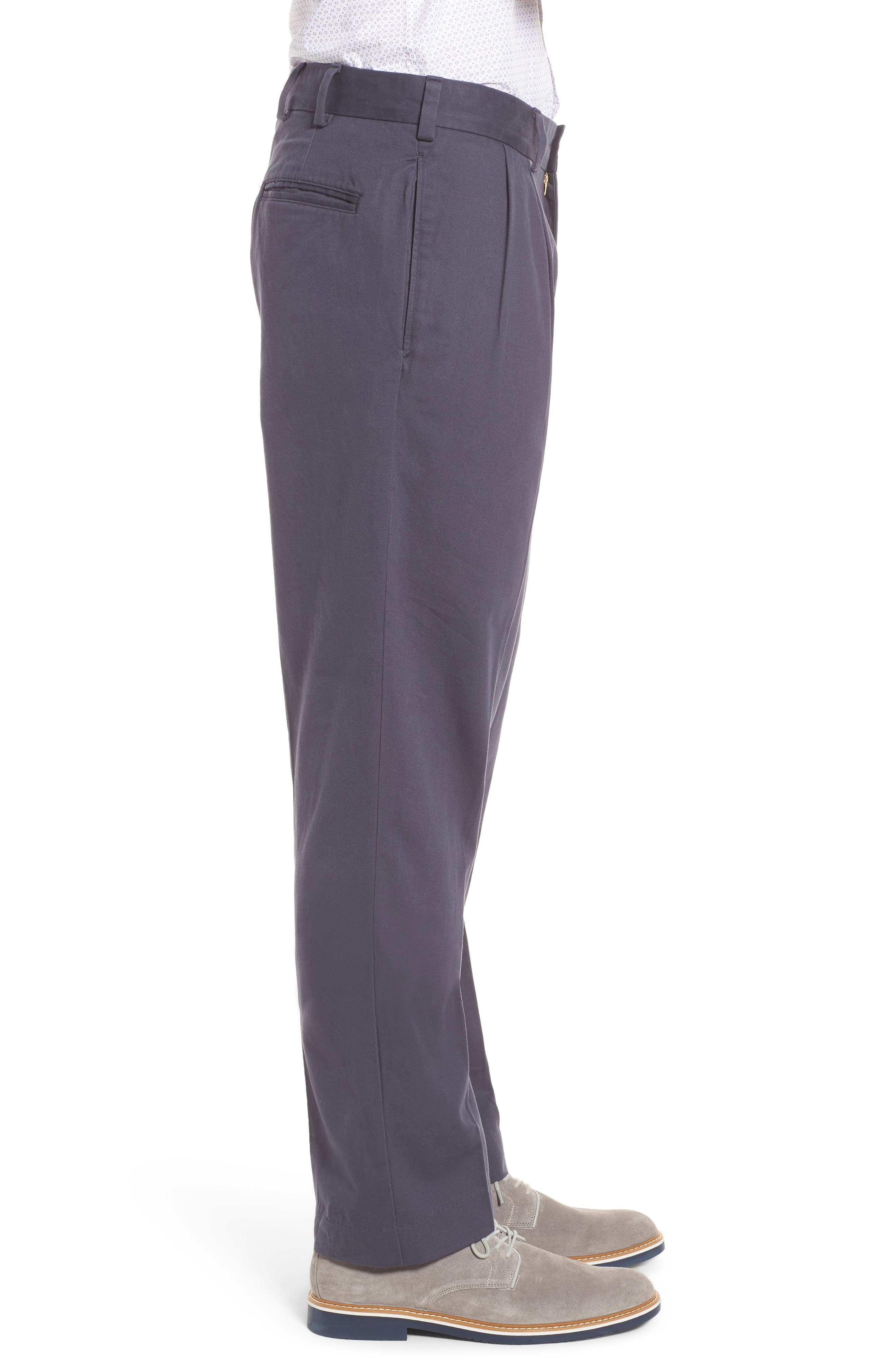 M2 Classic Fit Vintage Twill Pleated Pants,                             Alternate thumbnail 3, color,                             Navy