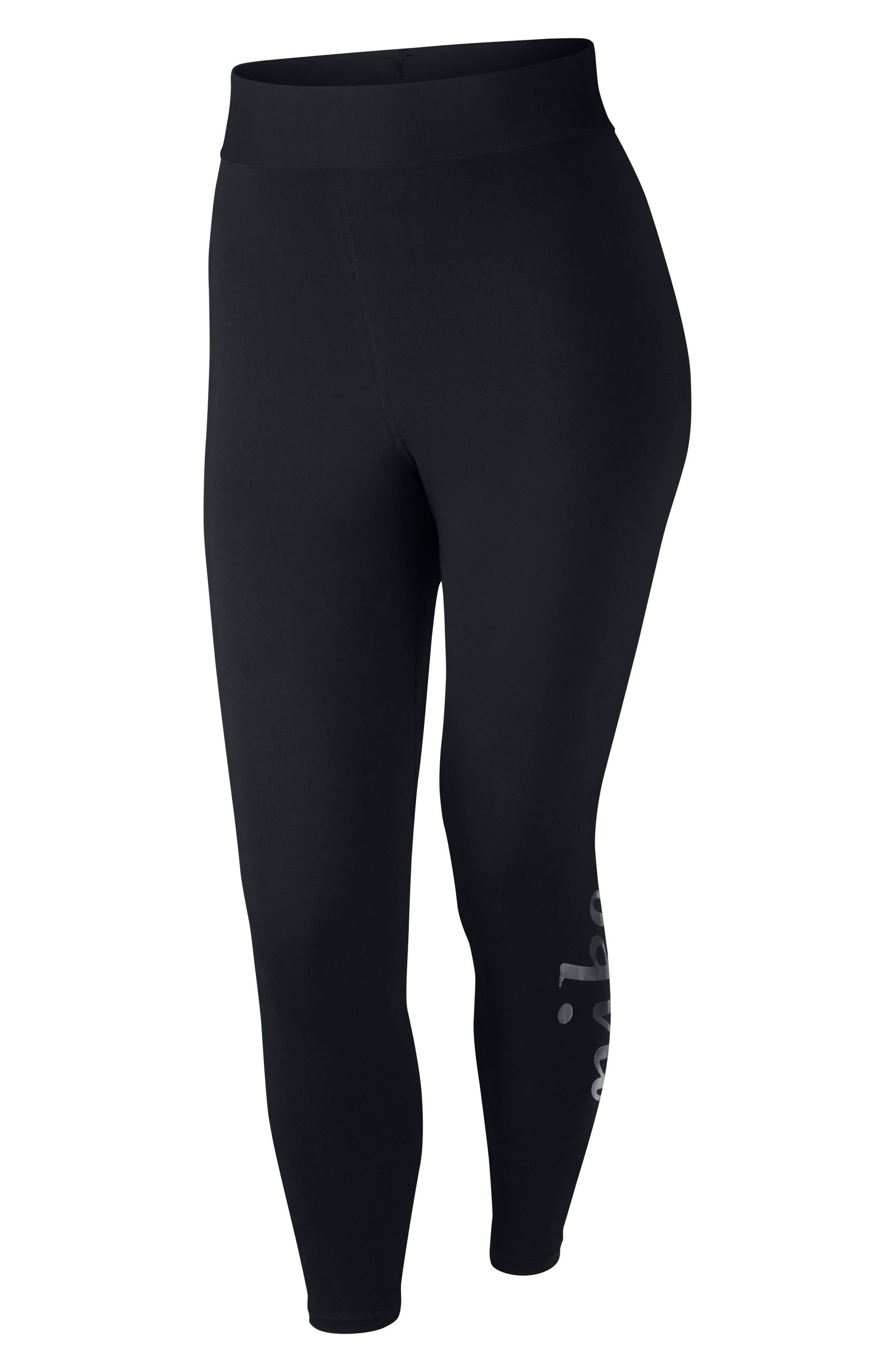 Nike Sportswear Metallic Logo Leggings (Plus Size)