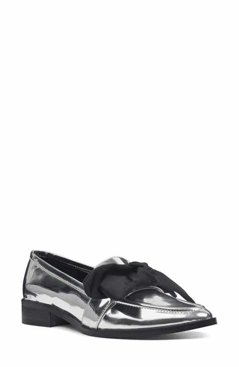 d4fd8a1410c Nine West Weeping Bow Loafer (Women)