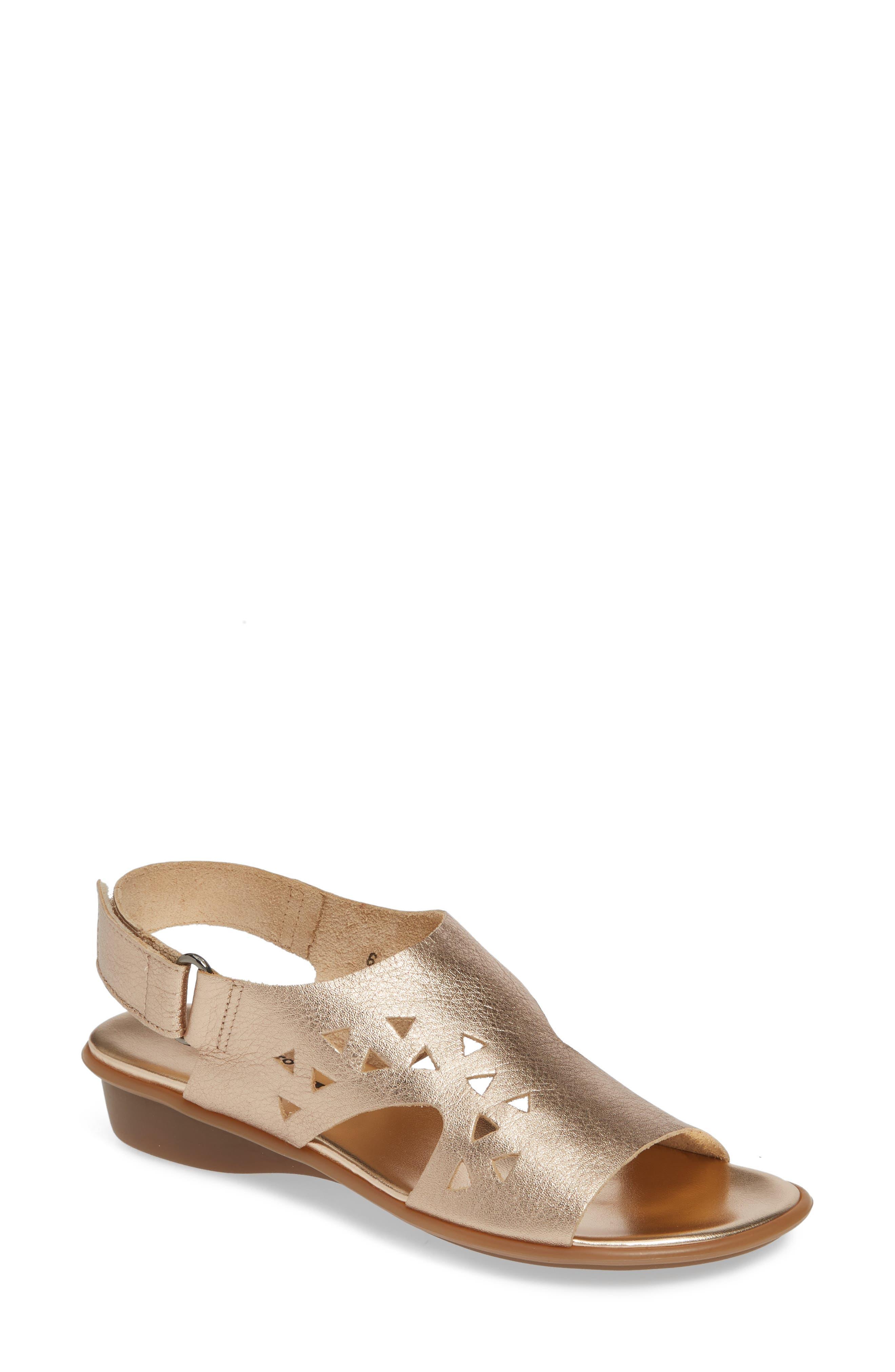29b57d091a3 Women s Sesto Meucci Shoes