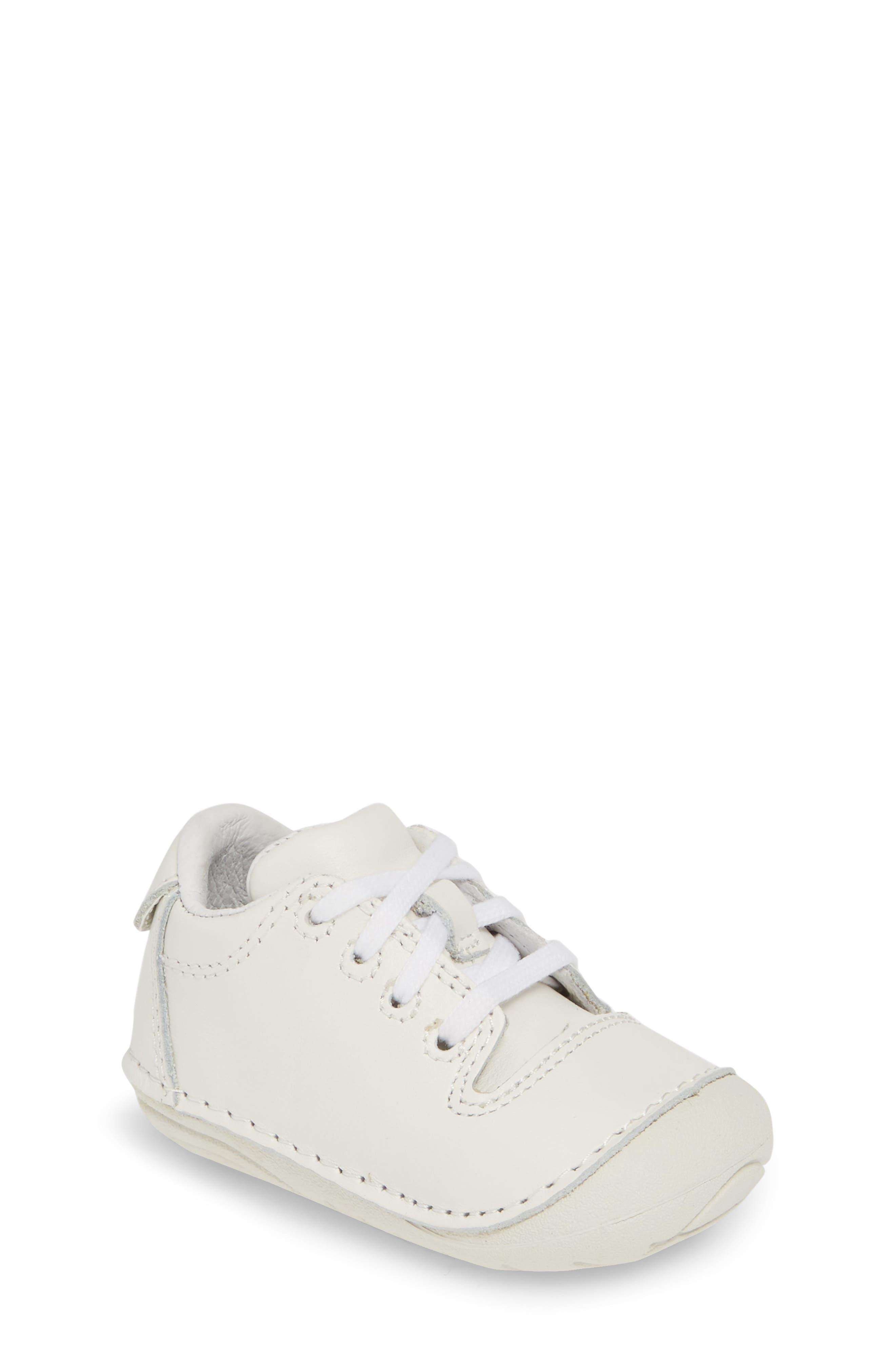b8f6ae4487c3 Stride Rite Baby Walking Shoes