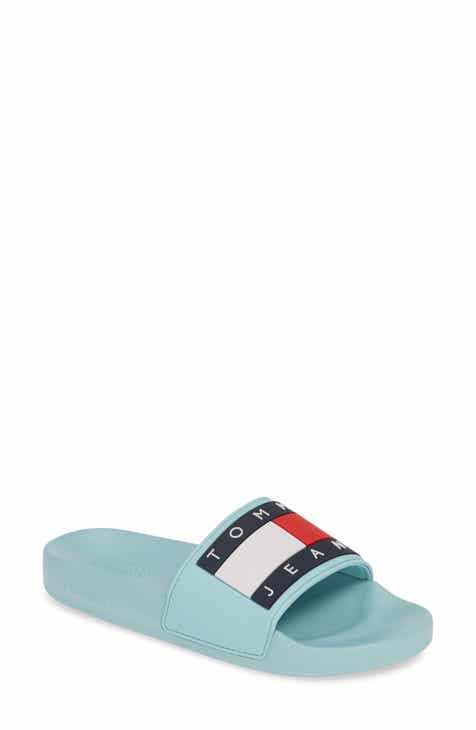 850ad71666cd TOMMY JEANS Bubble Logo Slide (Women)