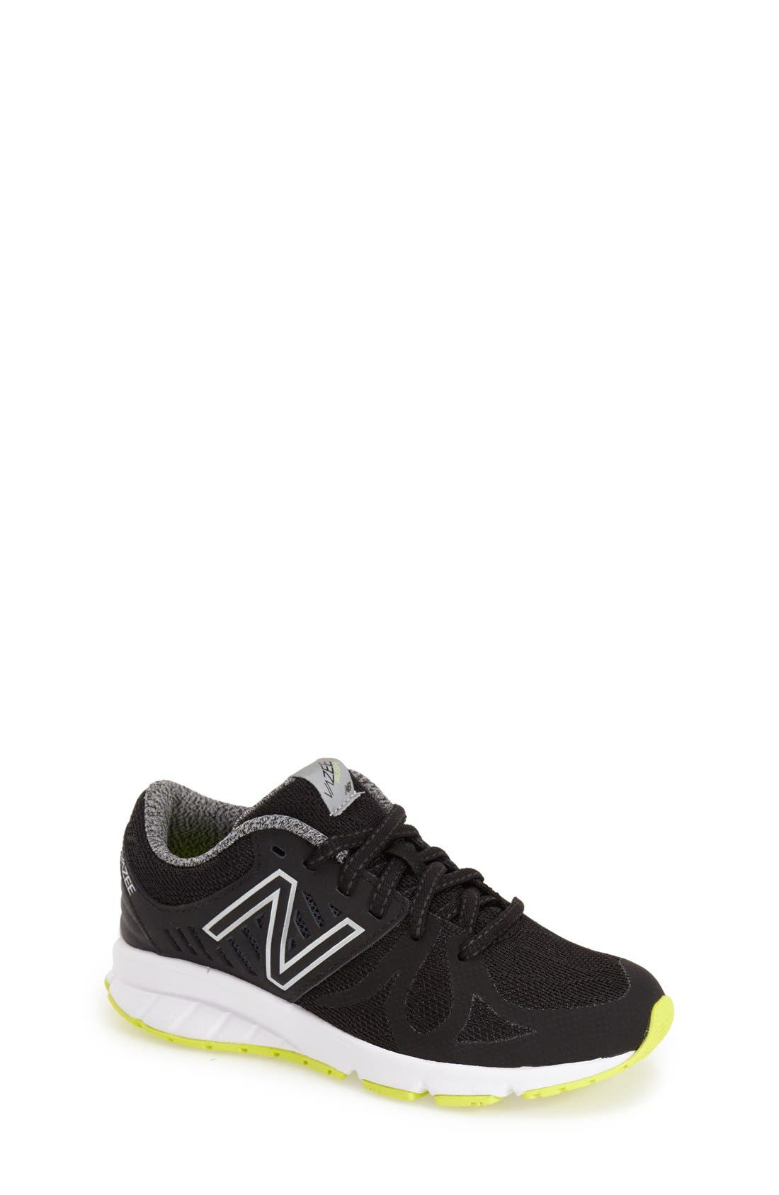 NEW BALANCE 200 Vazee Athletic Shoe