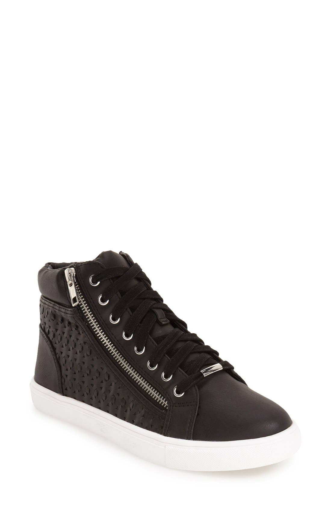 Alternate Image 1 Selected - Steve Madden 'Eiris' Sneaker (Women)