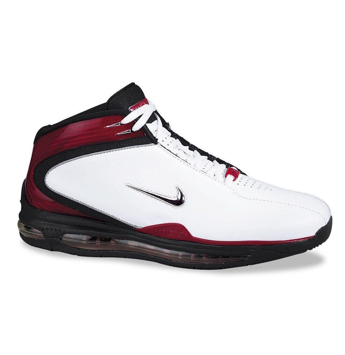 Main Image - Nike 'Air Max Finisher' Basketball Shoe (Men)