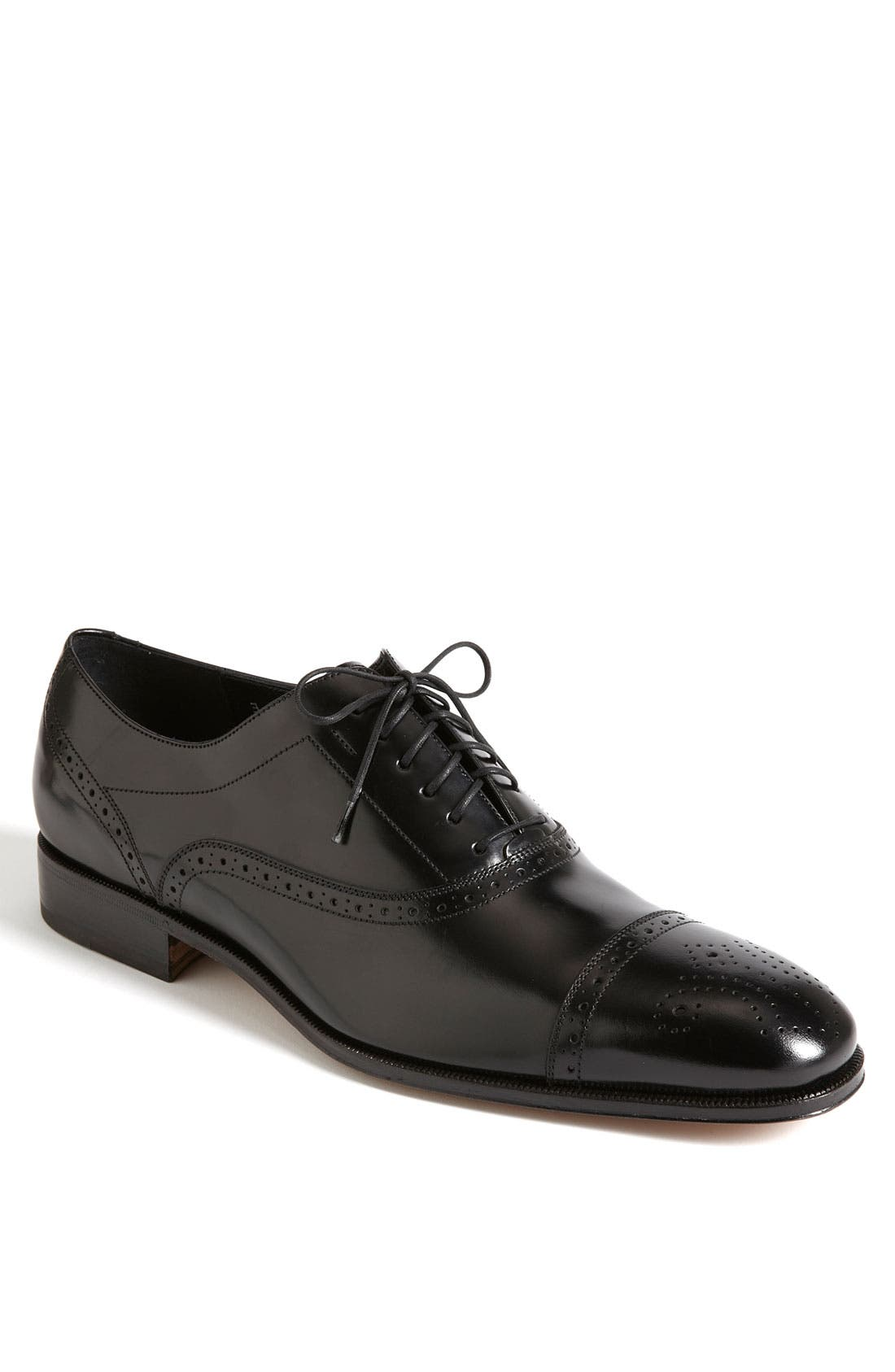 Main Image - Salvatore Ferragamo 'Caesy' Cap Toe Oxford