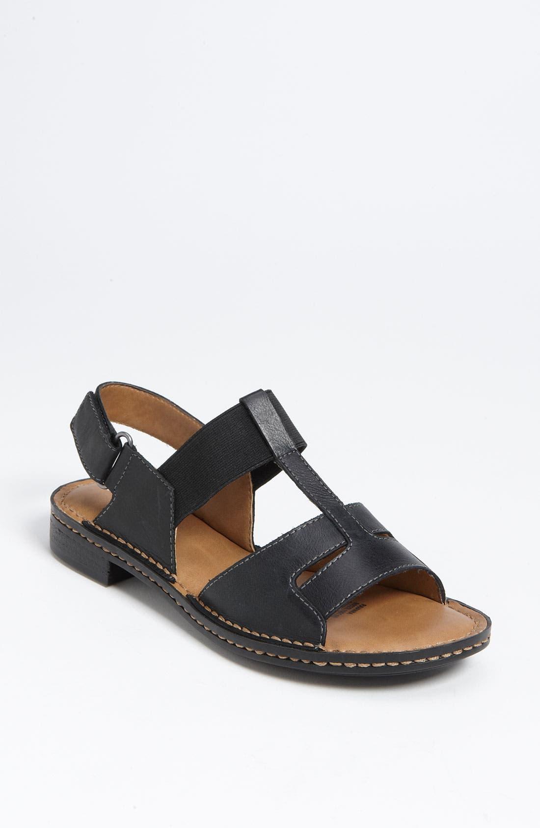 Main Image - Naturalizer 'Ravanna' Sandal