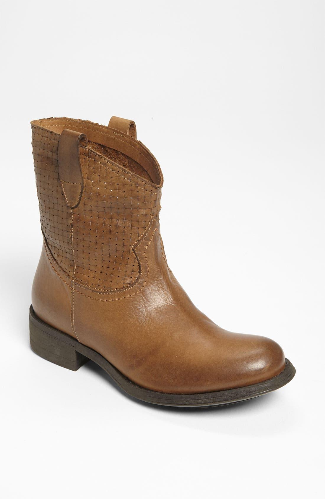 Main Image - Cordani 'Power' Boot