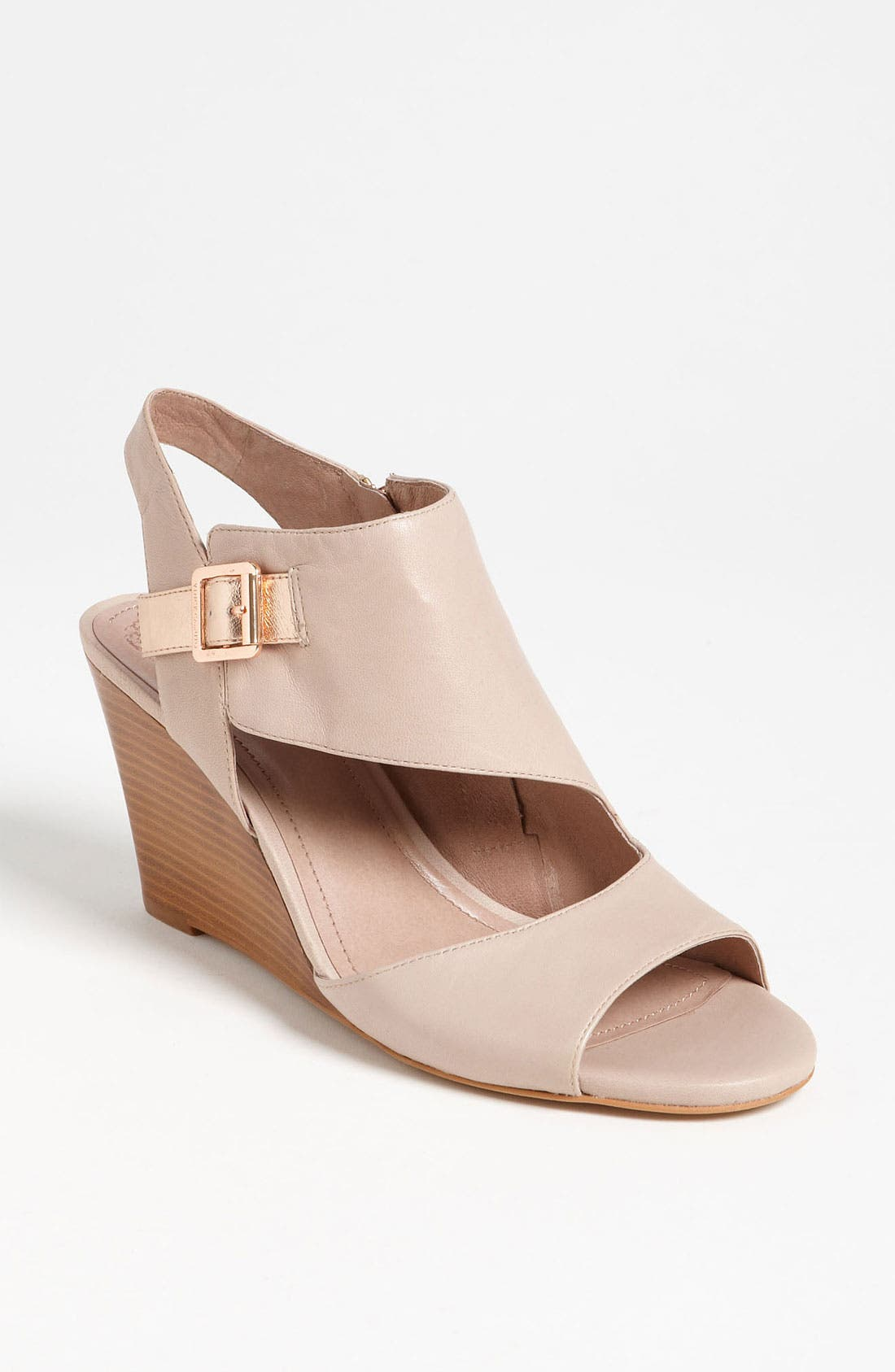 Alternate Image 1 Selected - Vince Camuto 'Hannah' Sandal (Exclusive)