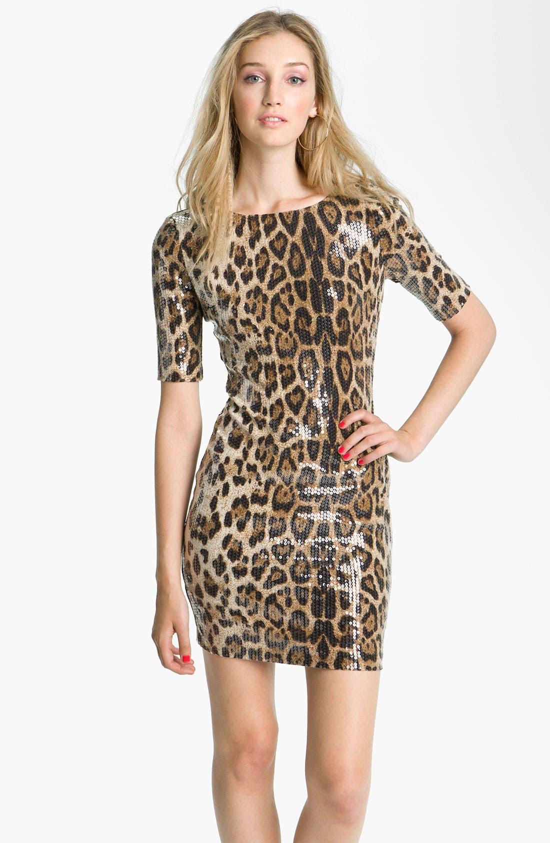 Main Image - En Crème Animal Print Sequin Body-Con Dress (Juniors)
