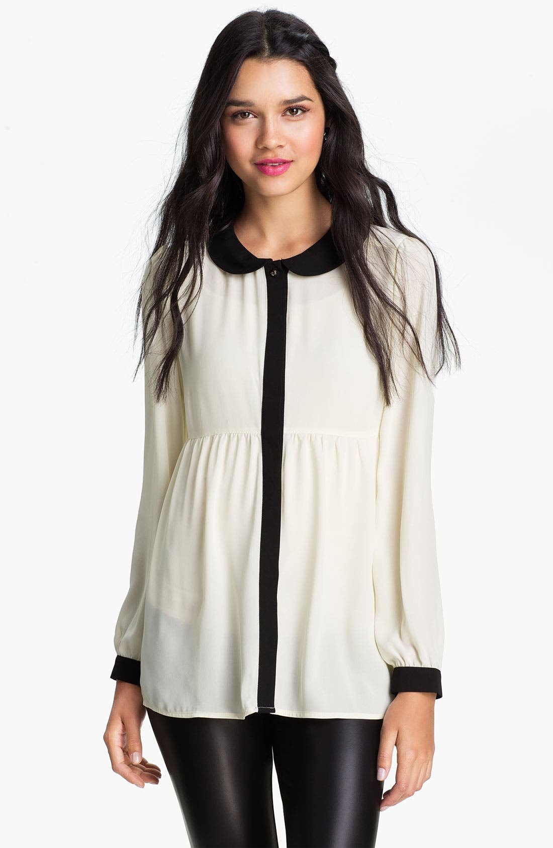 Alternate Image 1 Selected - Chloe K Contrast Trim Babydoll Tunic (Juniors)