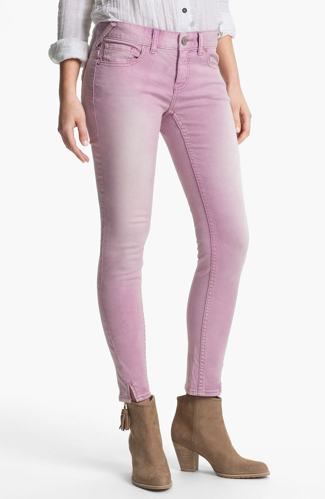 Main Image - Free People Crop Stretch Denim Skinny Jeans (Orchid)