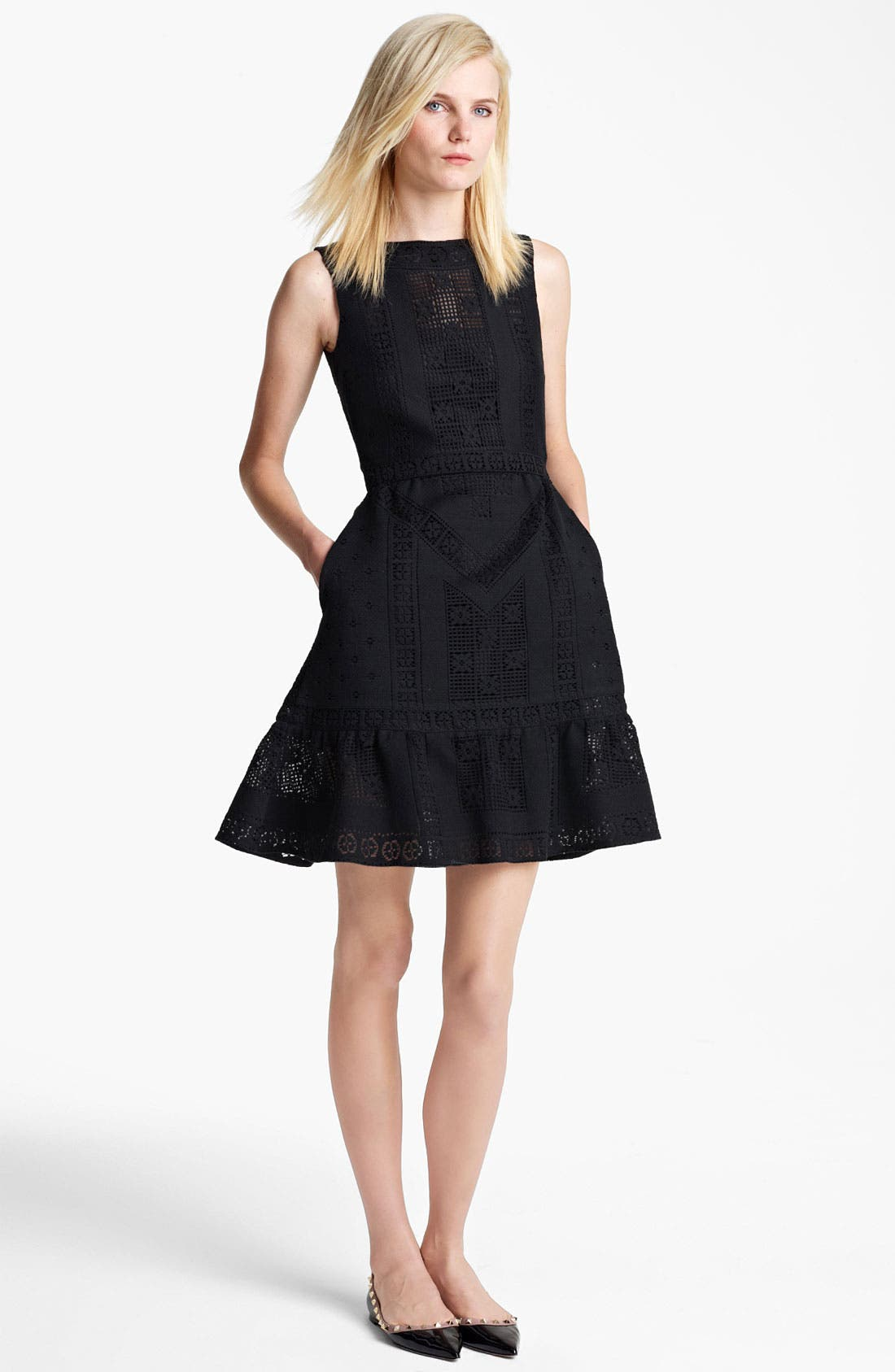 Alternate Image 1 Selected - Valentino Sleeveless Lace Dress