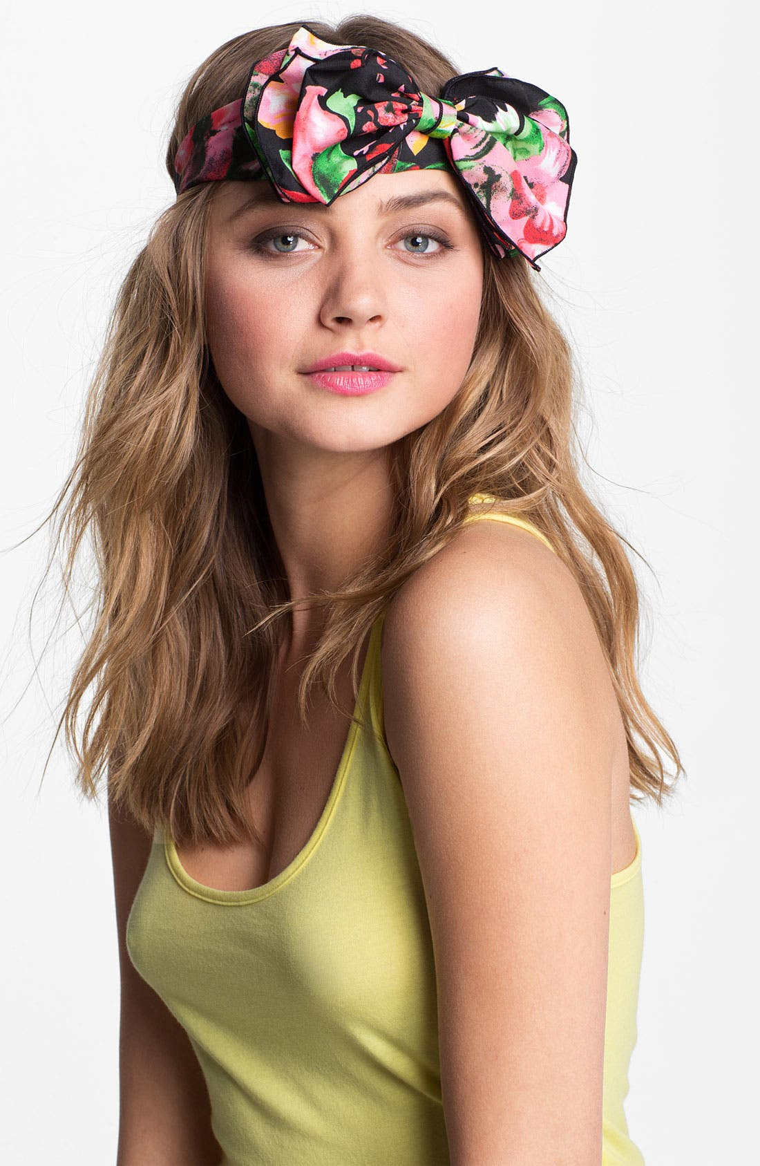Alternate Image 1 Selected - Cara 'Big Time' Bow Head Wrap