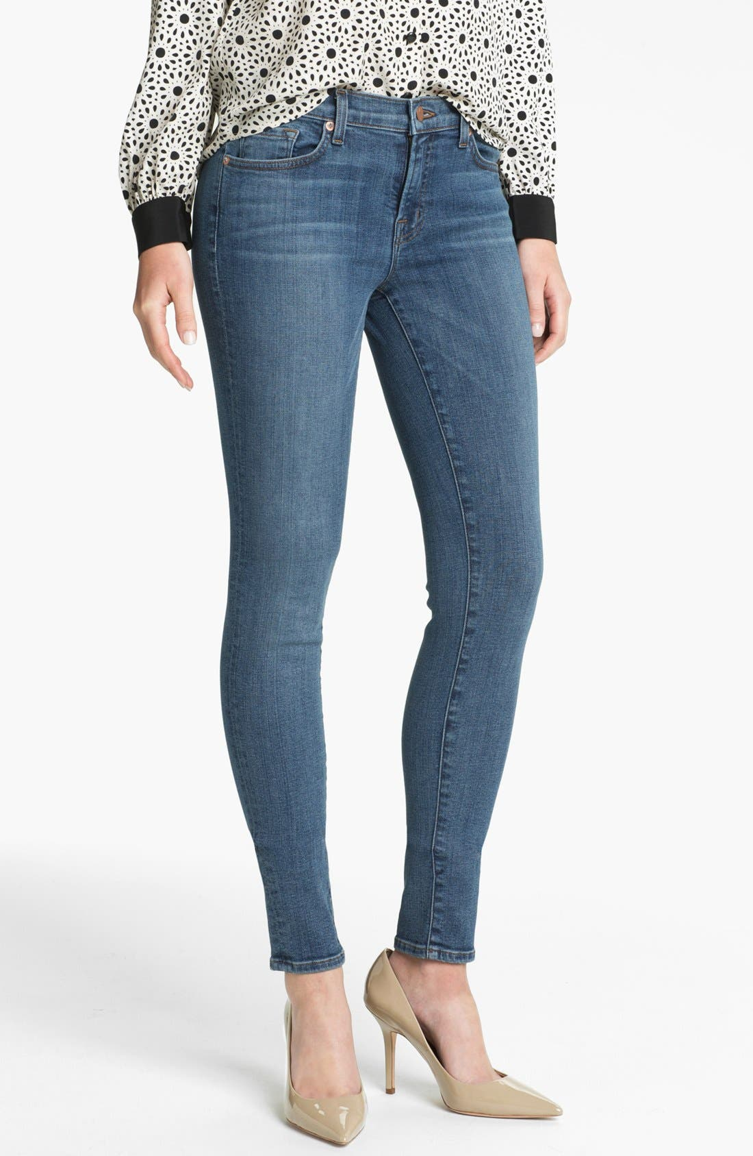 Main Image - J Brand '620' Mid-Rise Skinny Jeans (Bayside)