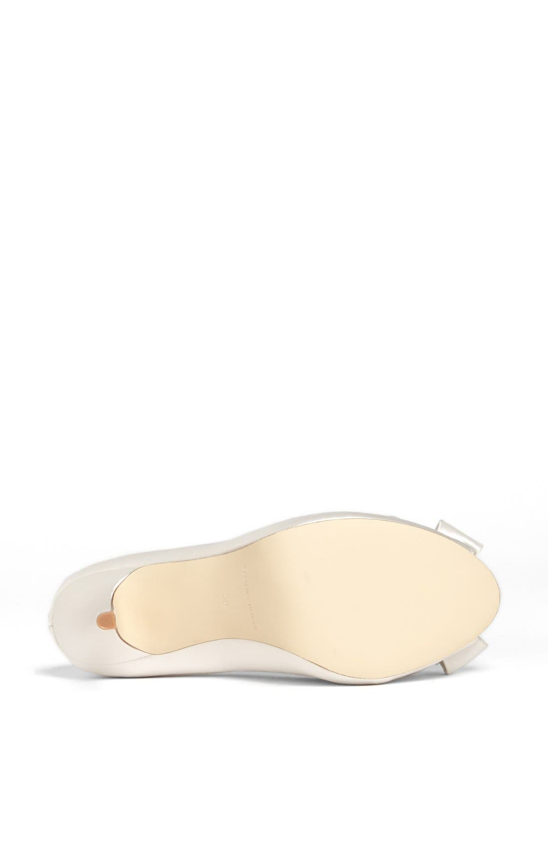 Bow Peep Toe Pump,                             Alternate thumbnail 4, color,                             Ivory