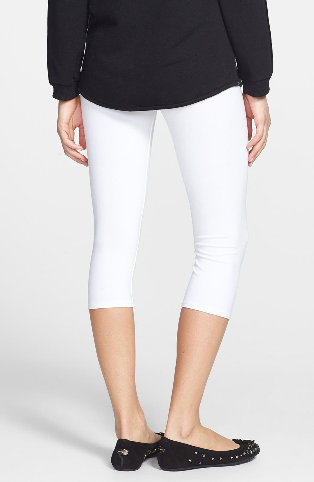 Alternate Image 2  - Nordstrom 'Go To' Capri Leggings