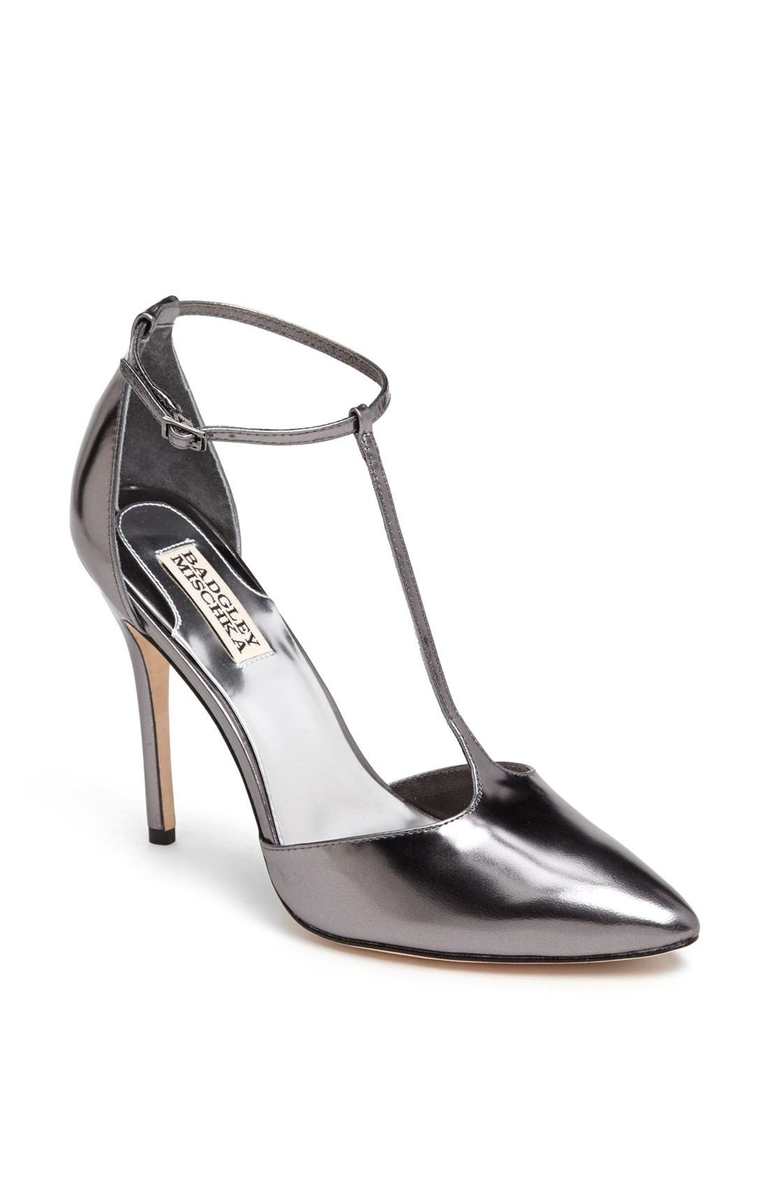 Main Image - Badgley Mischka 'Pila' Pump