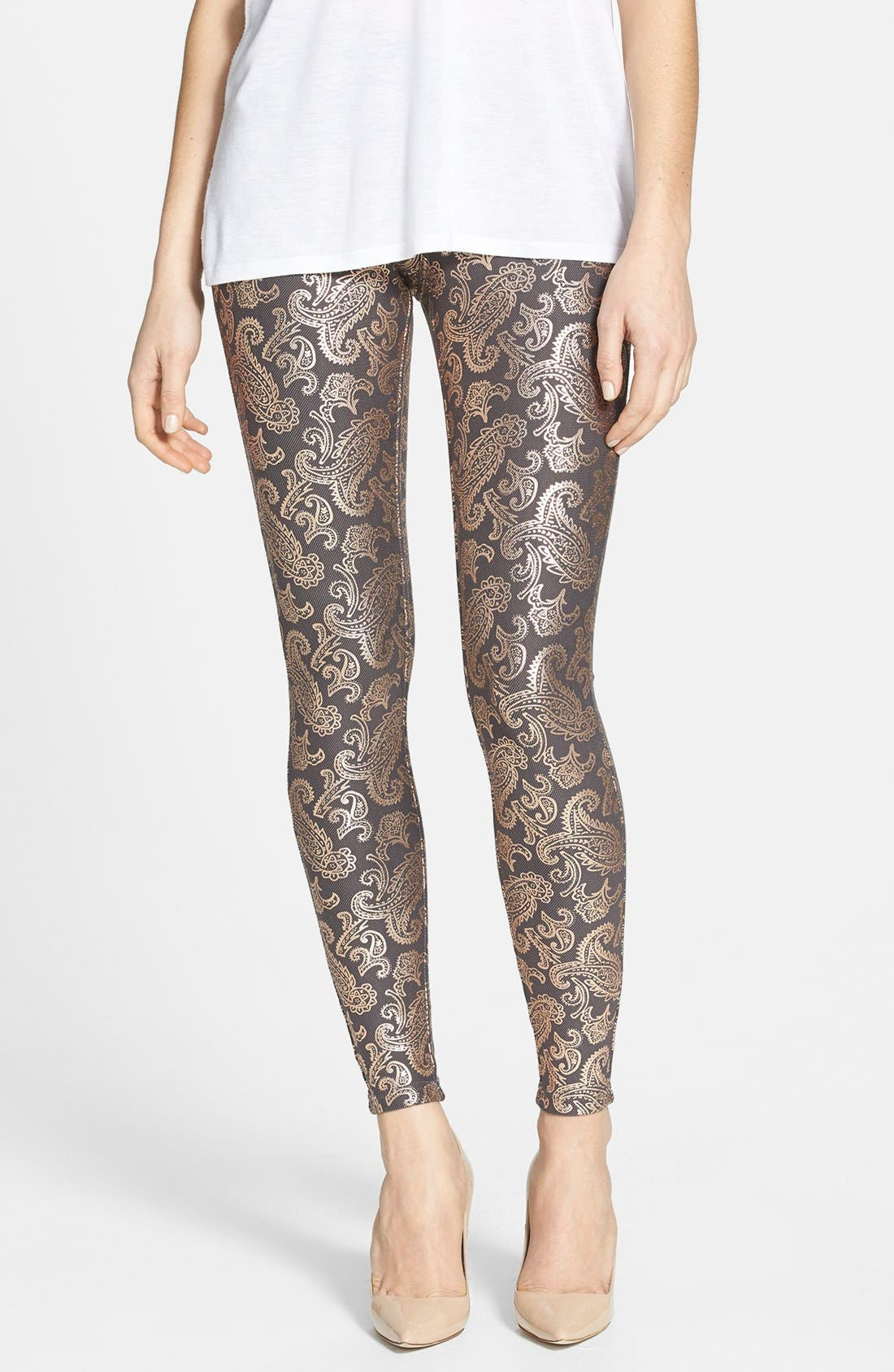 Alternate Image 1 Selected - Hue Pearlized Brocade Jean Leggings