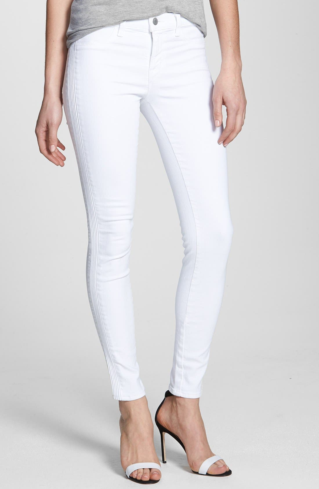 Main Image - J Brand Mid Rise Skinny Jeans (Blanc)