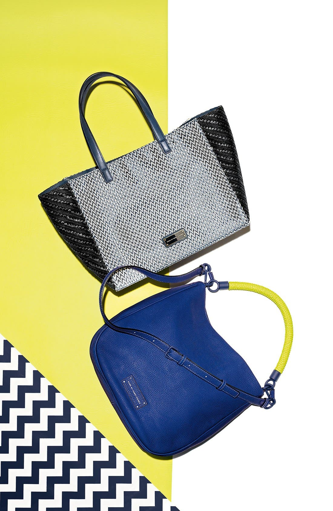 Alternate Image 2  - MARC BY MARC JACOBS 'Too Hot to Handle' Leather Hobo