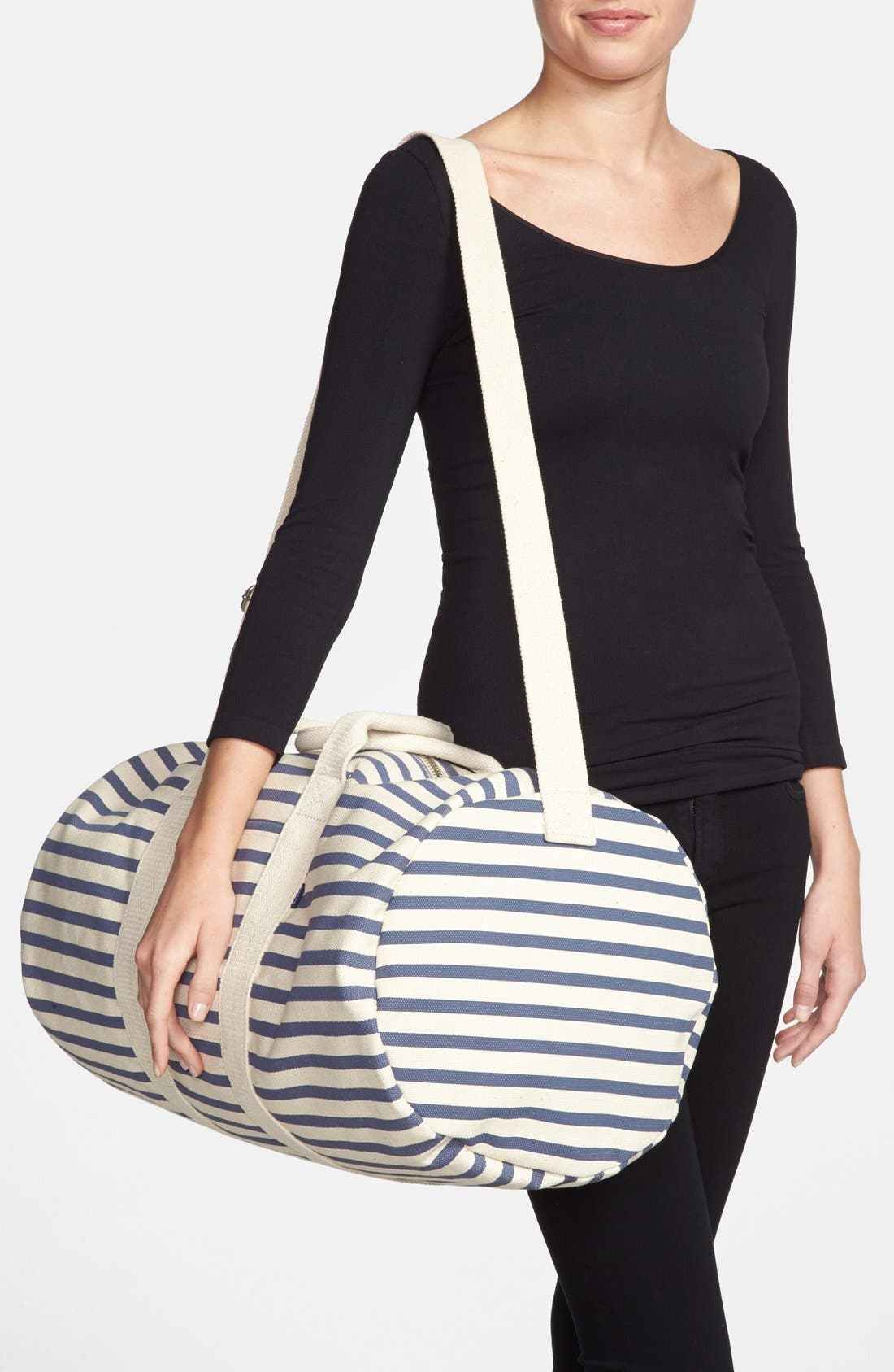 Alternate Image 2  - Baggu® Canvas Duffel Bag (22 Inch)