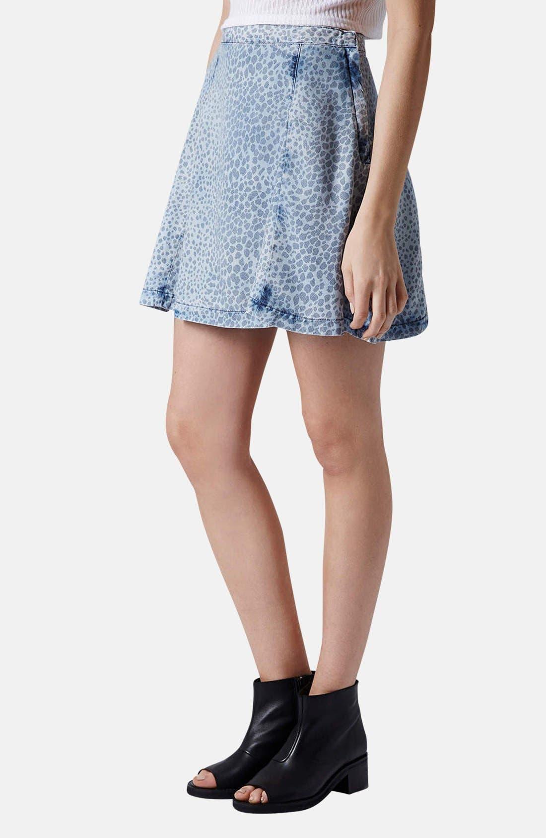 Main Image - Topshop Leopard Print Denim Skater Skirt