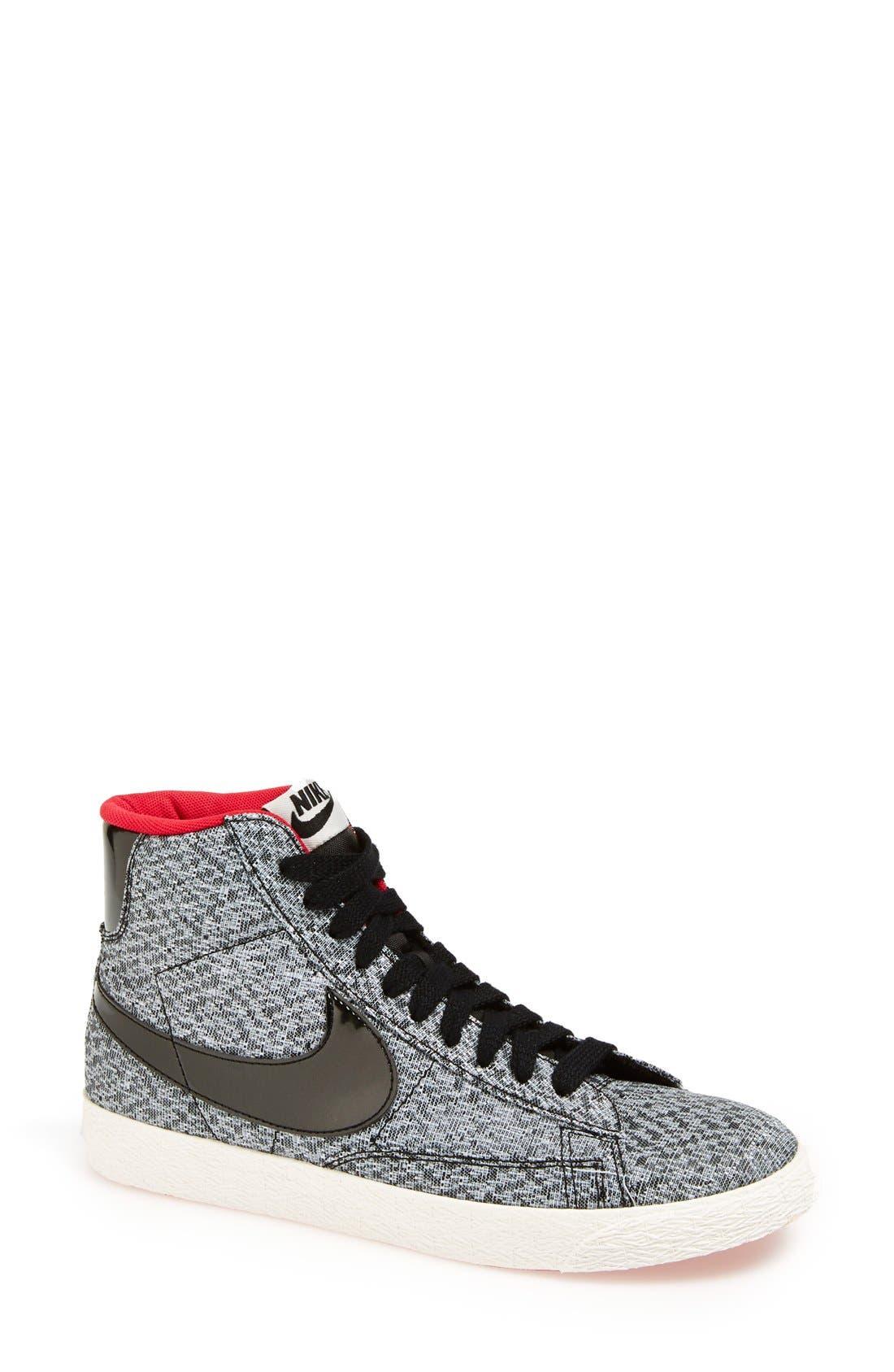 Main Image - Nike 'Blazer Mid' Sneaker (Women)