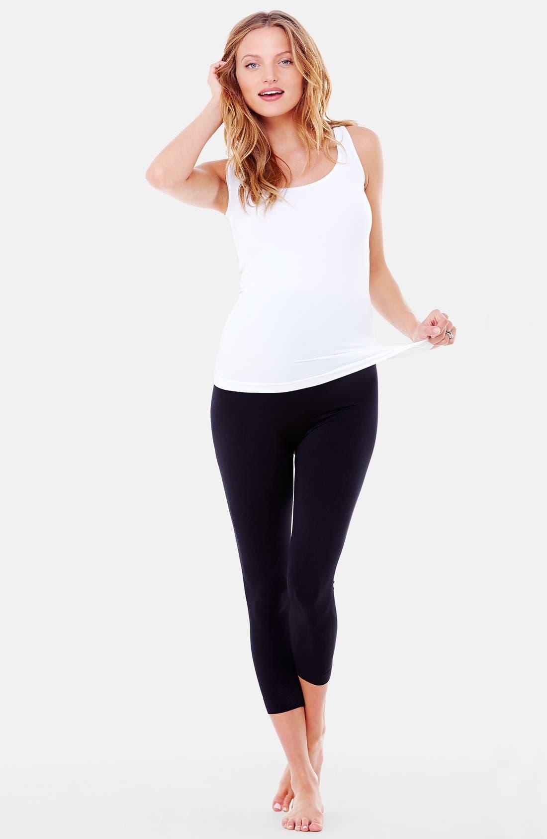 Alternate Image 6  - Ingrid & Isabel® Seamless Maternity Capri Leggings