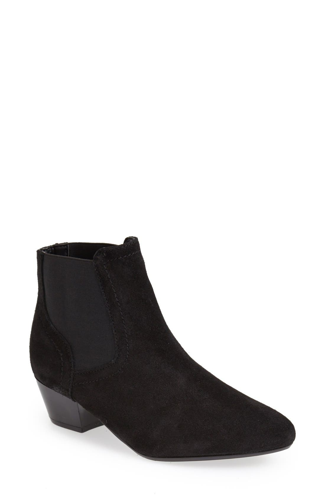 Alternate Image 1 Selected - Topshop Chelsea Ankle Boot (Women)