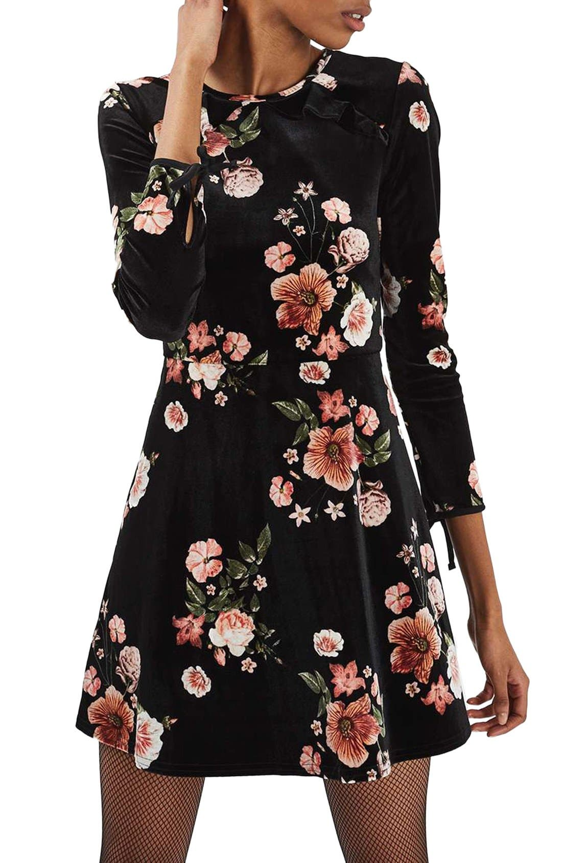 Main Image - Topshop Floral Velvet Dress