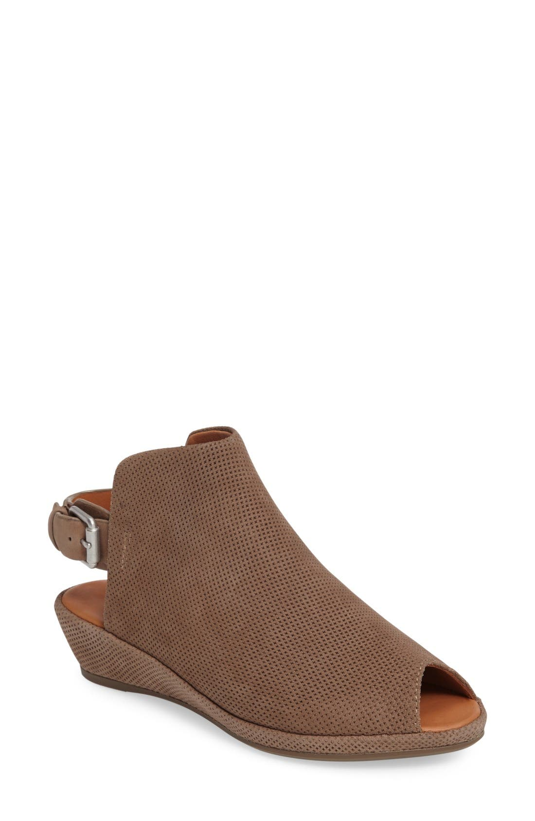 Gentle Souls Lyla Slingback Wedge (Women)