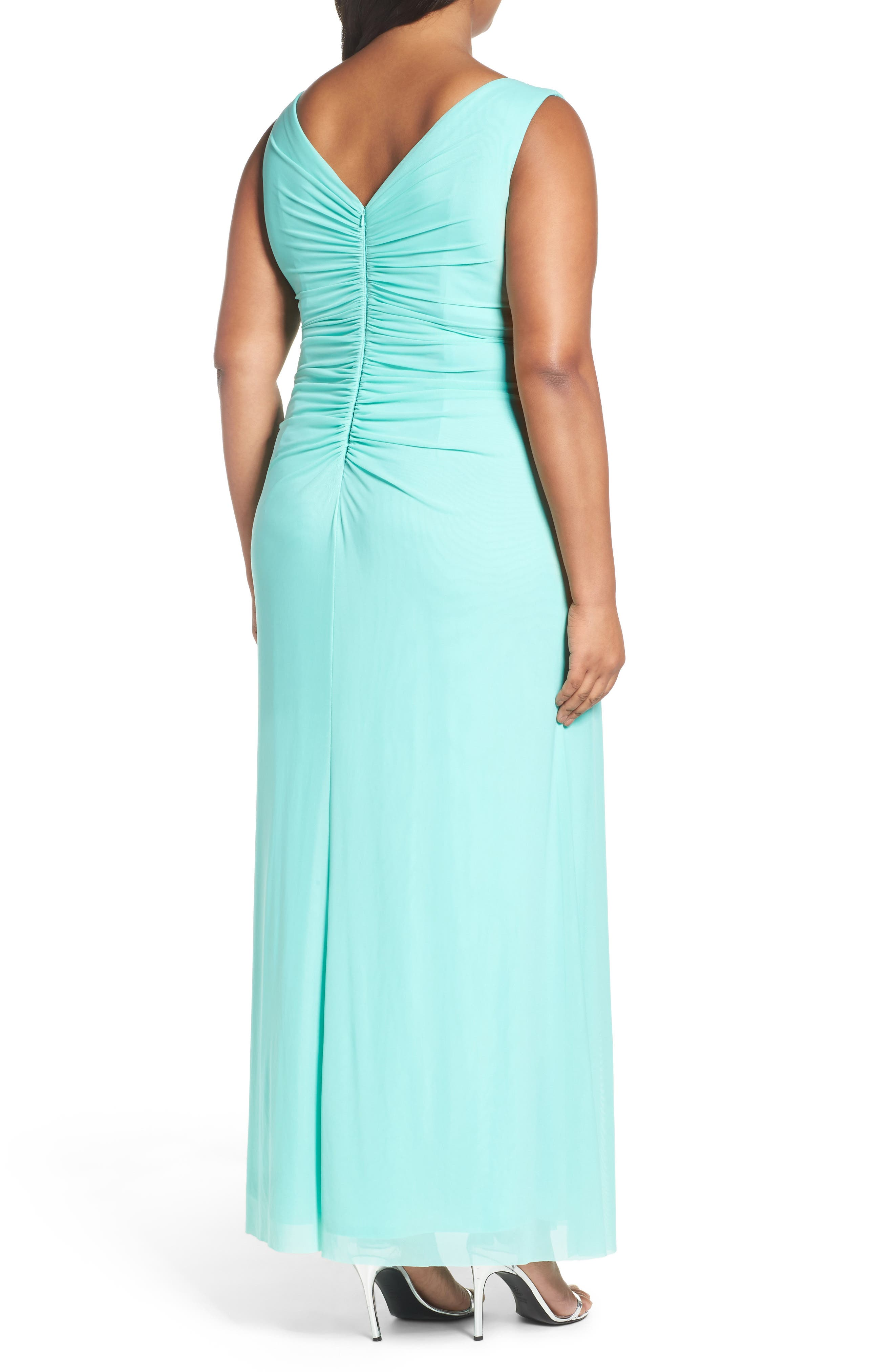 Alternate Image 2  - Marina Beaded V-Neck Pleat Mesh Gown (Plus Size)