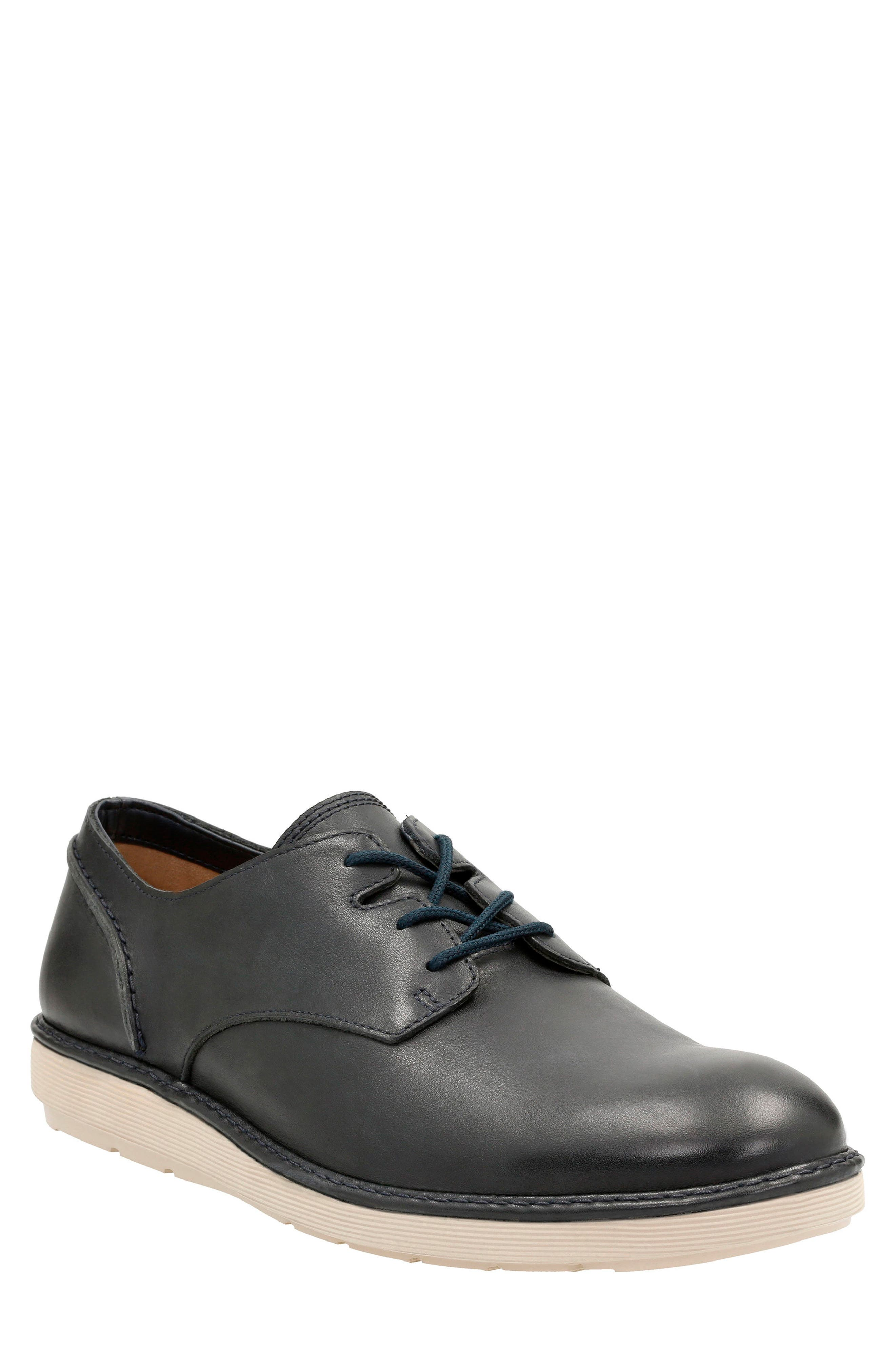 Alternate Image 1 Selected - Clarks® Fayeman Plain Toe Derby (Men)