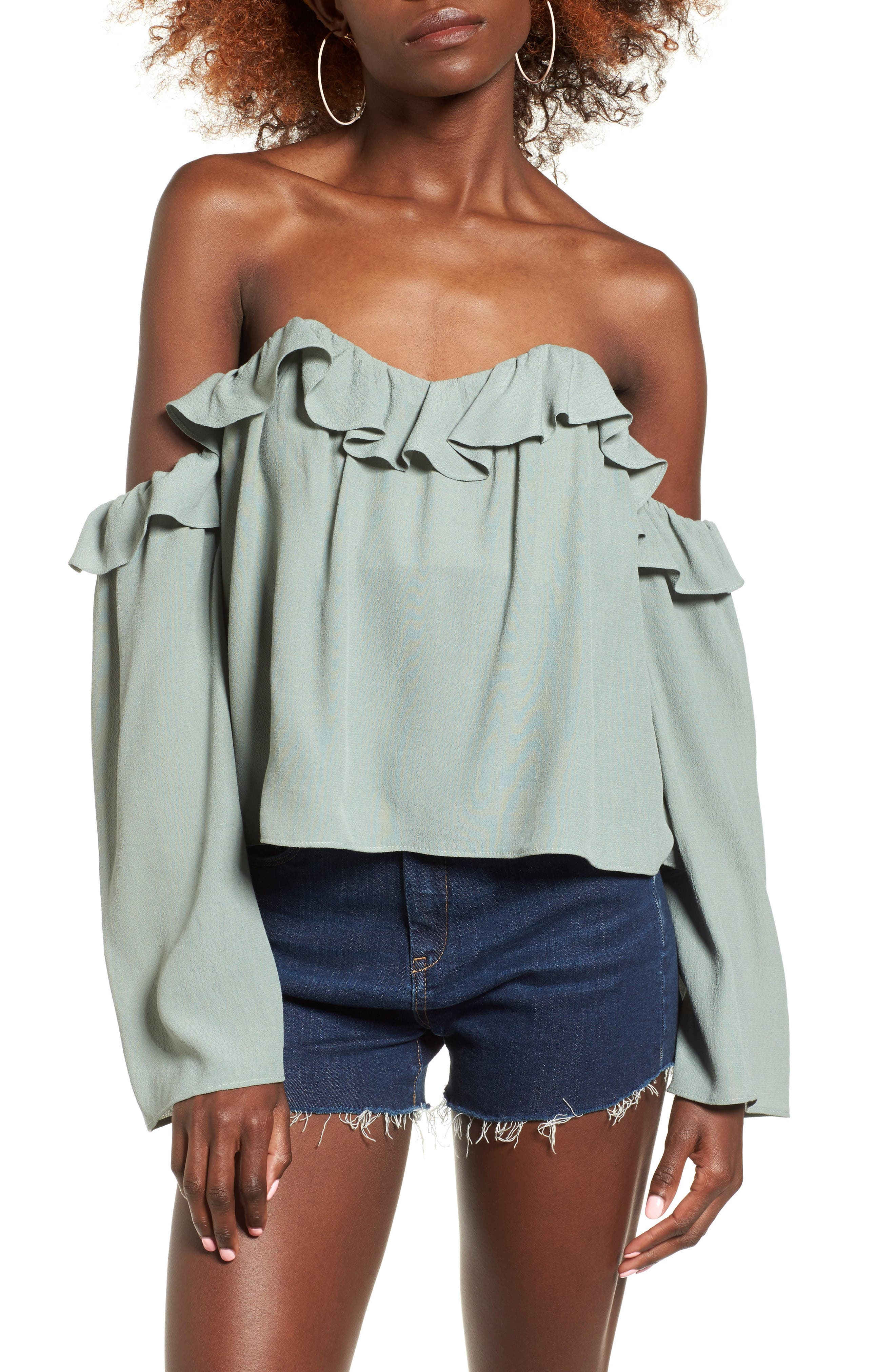 Main Image - 4SI3NNA Ruffle Off the Shoulder Blouse