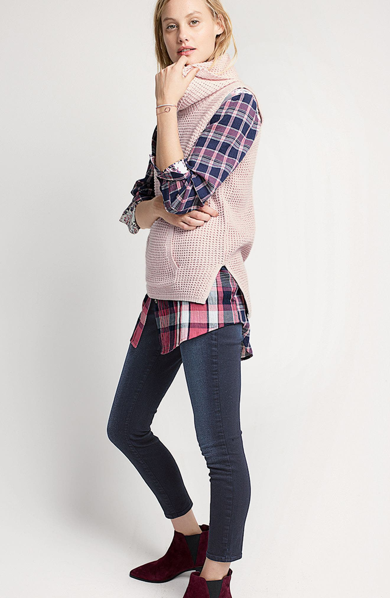 Caslon® Shirt, Two by Vince Camuto Vest & NYDJ Jeans Outfit with Accessories