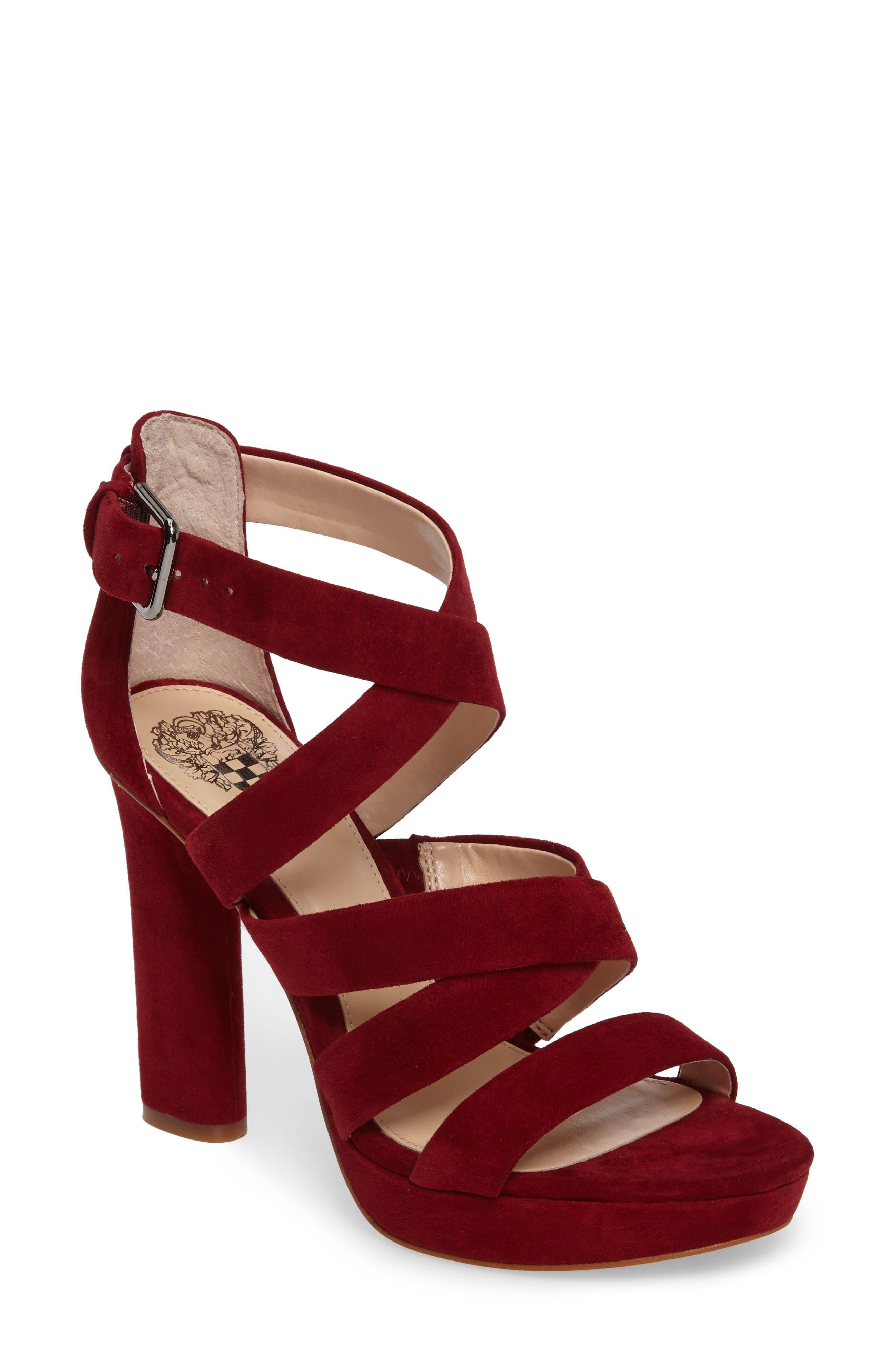VINCE CAMUTO Catyna Platform Sandal