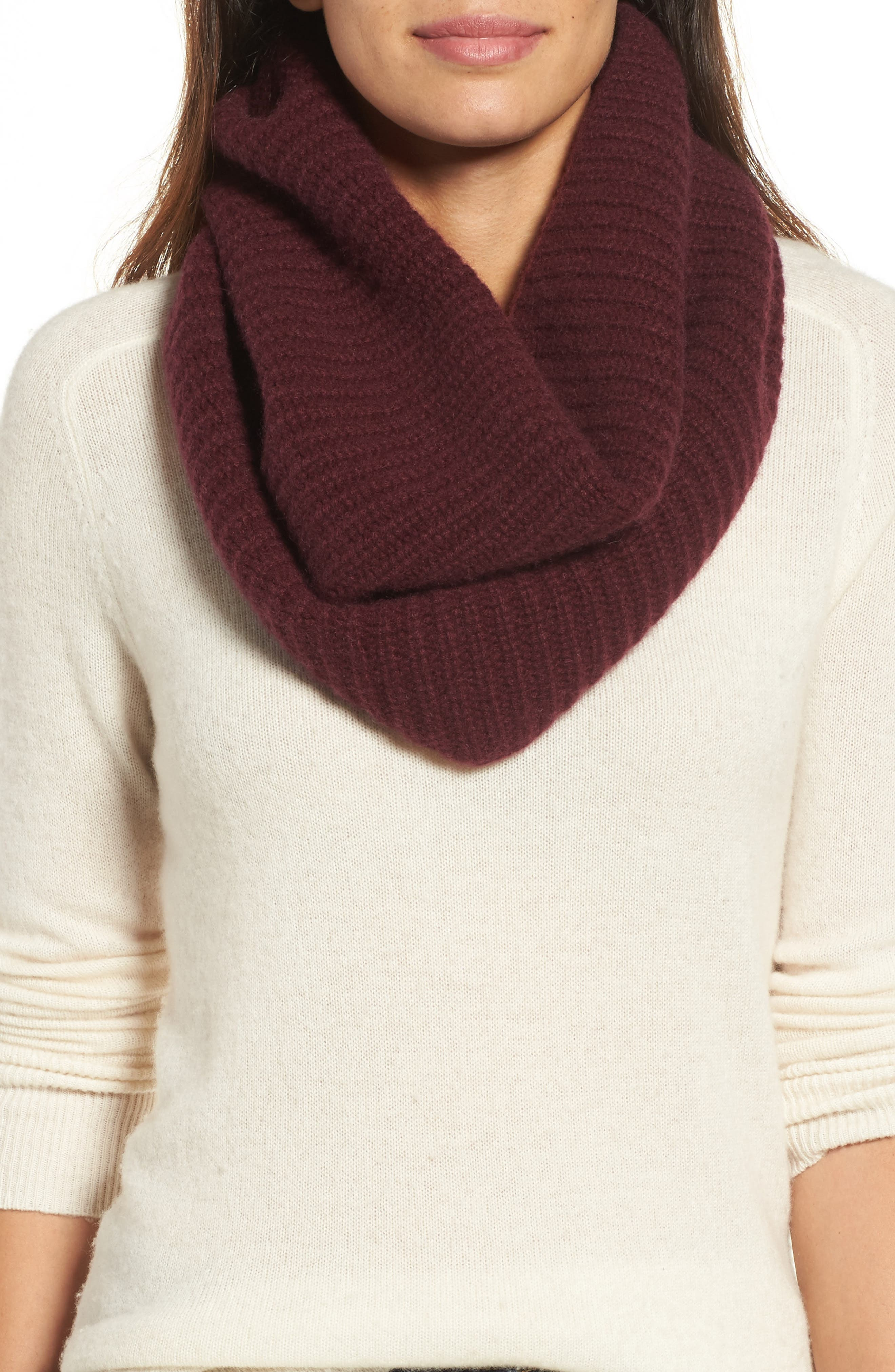Halogen® Cashmere Snood